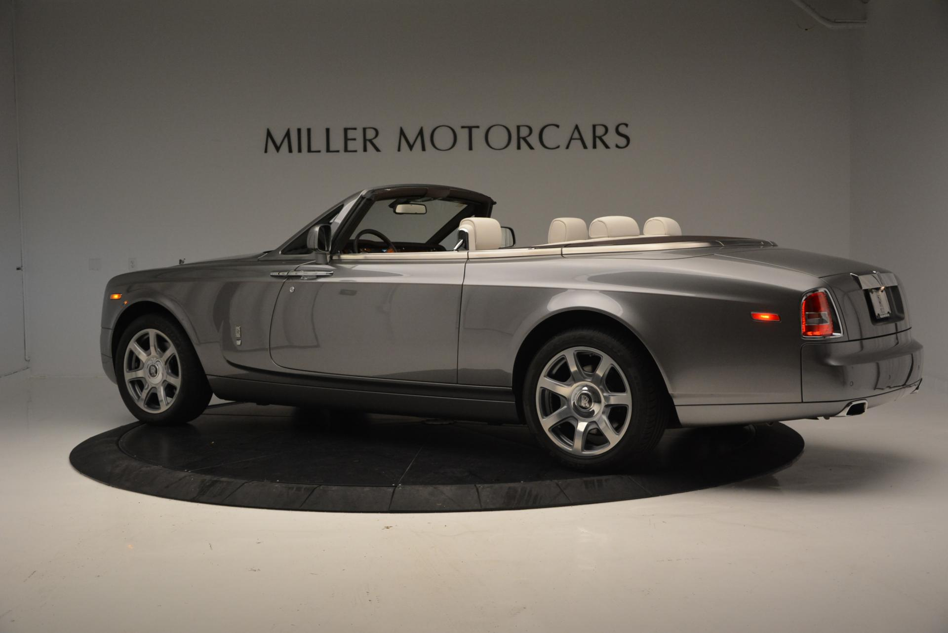 Used 2015 Rolls-Royce Phantom Drophead Coupe  For Sale In Greenwich, CT 554_p4