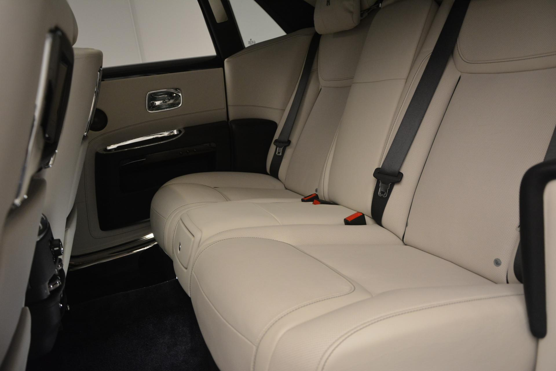 Used 2016 Rolls-Royce Ghost  For Sale In Greenwich, CT 557_p22