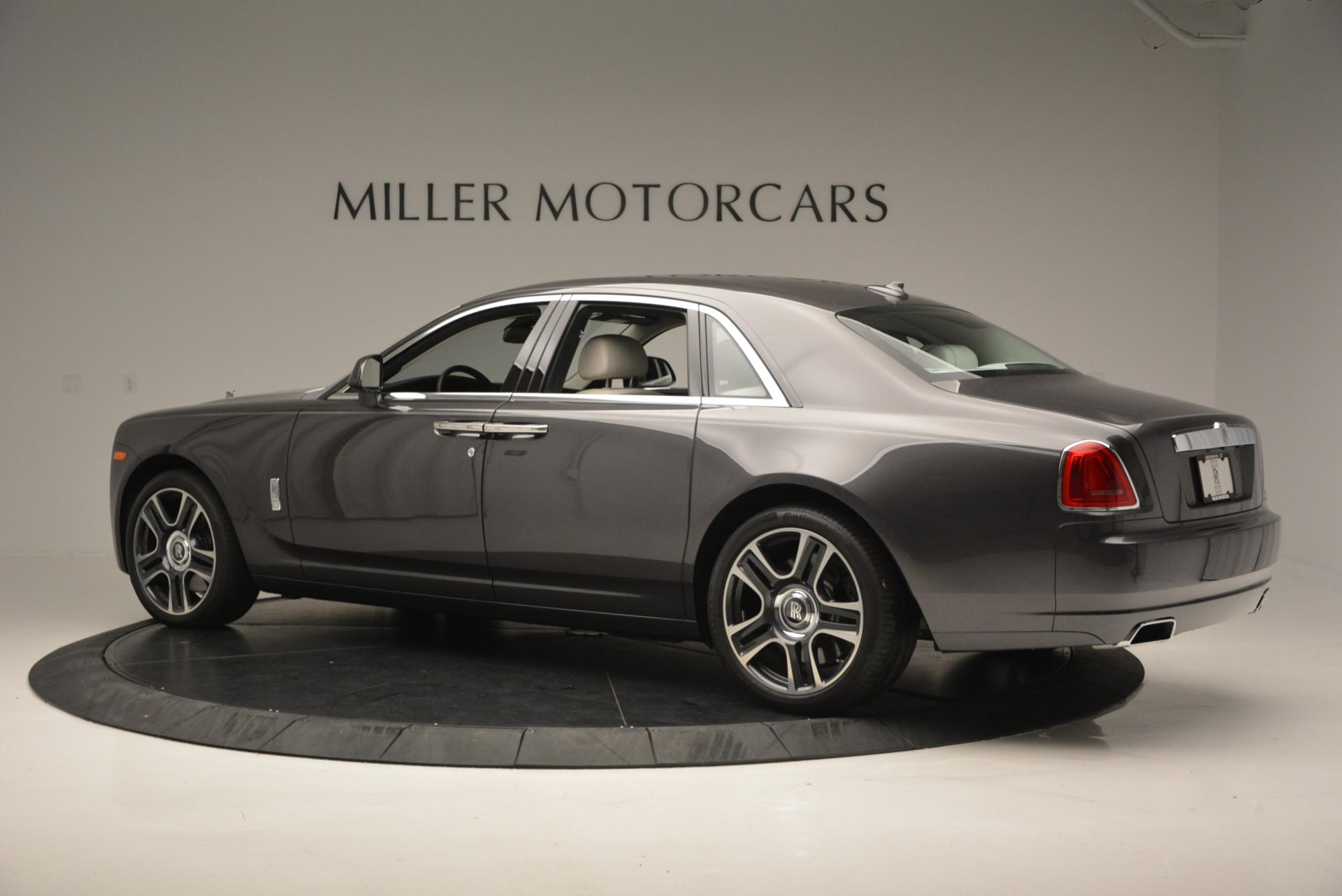Used 2016 Rolls-Royce Ghost  For Sale In Greenwich, CT 557_p5