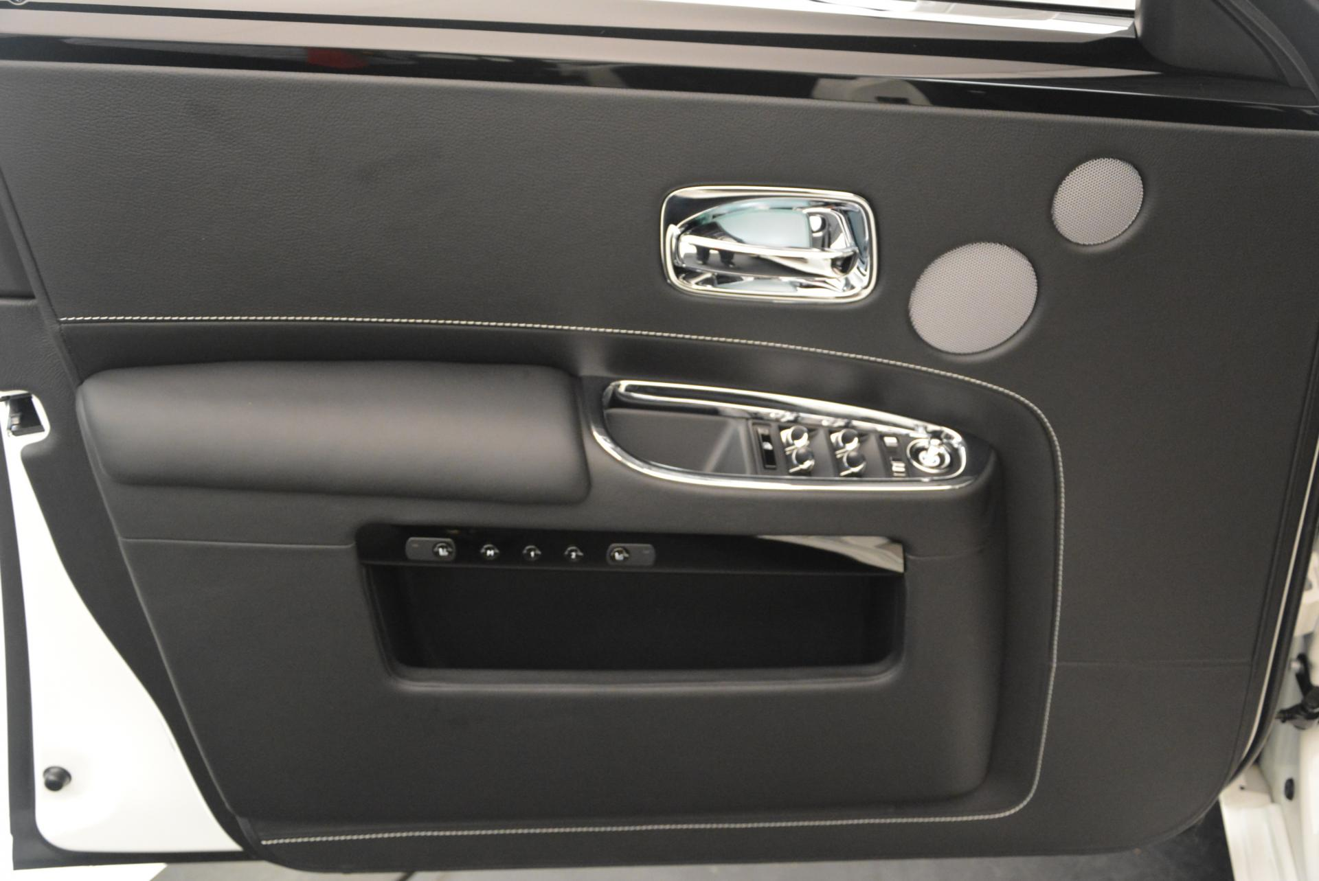 Used 2017 Rolls-Royce Ghost  For Sale In Greenwich, CT 560_p18
