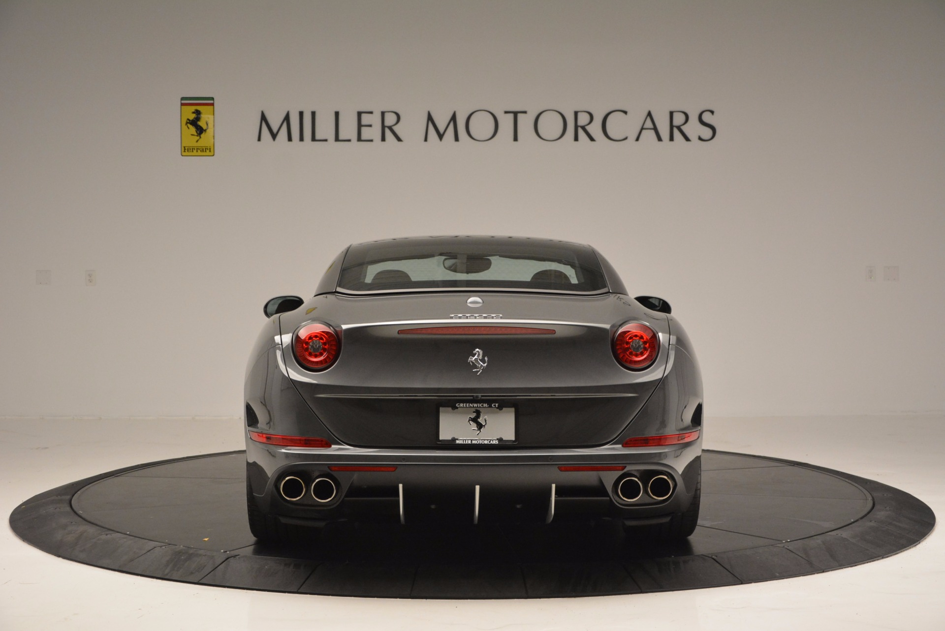 Used 2015 Ferrari California T  For Sale In Greenwich, CT 561_p18