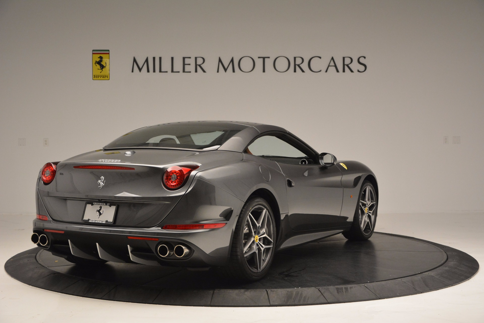 Used 2015 Ferrari California T  For Sale In Greenwich, CT 561_p19