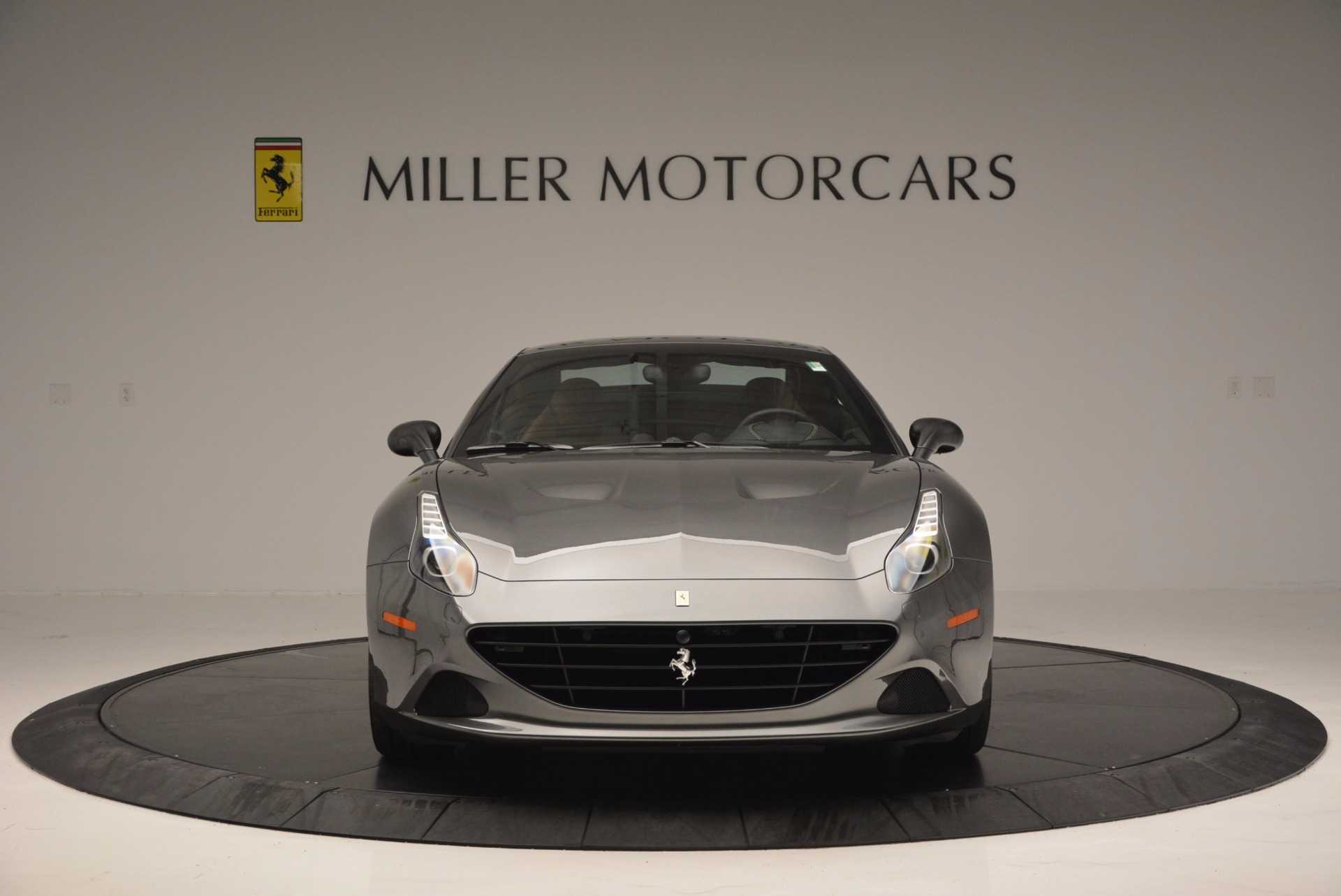 Used 2015 Ferrari California T  For Sale In Greenwich, CT 561_p24