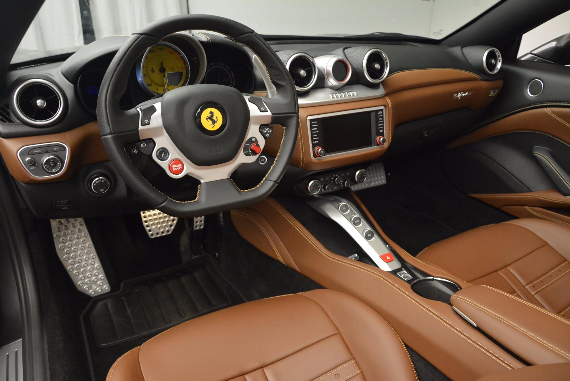 Used 2015 Ferrari California T  For Sale In Greenwich, CT 561_p25