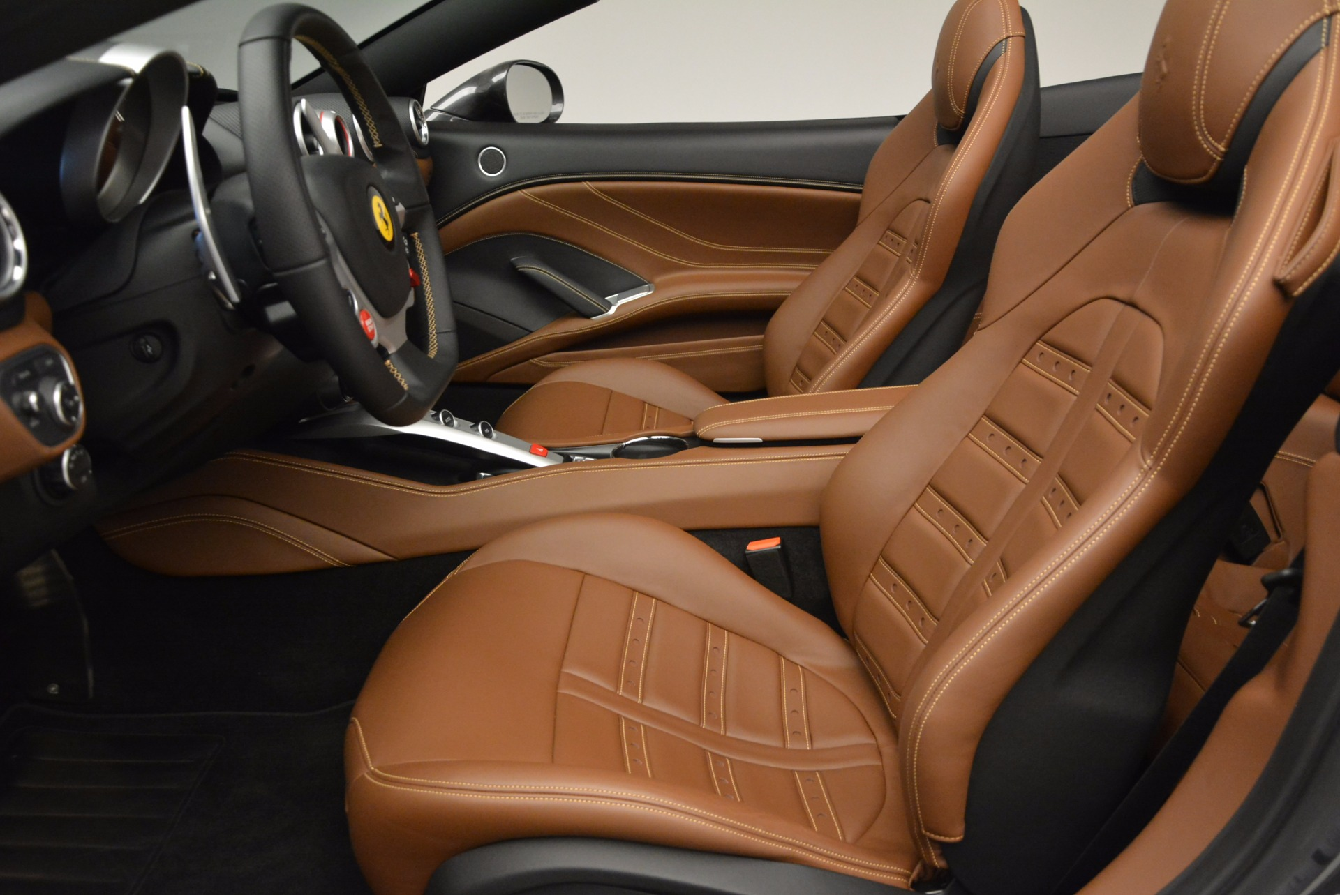 Used 2015 Ferrari California T  For Sale In Greenwich, CT 561_p26
