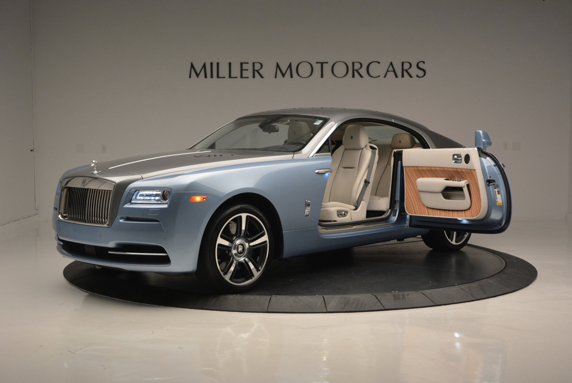 Used 2015 Rolls-Royce Wraith  For Sale In Greenwich, CT 563_p14