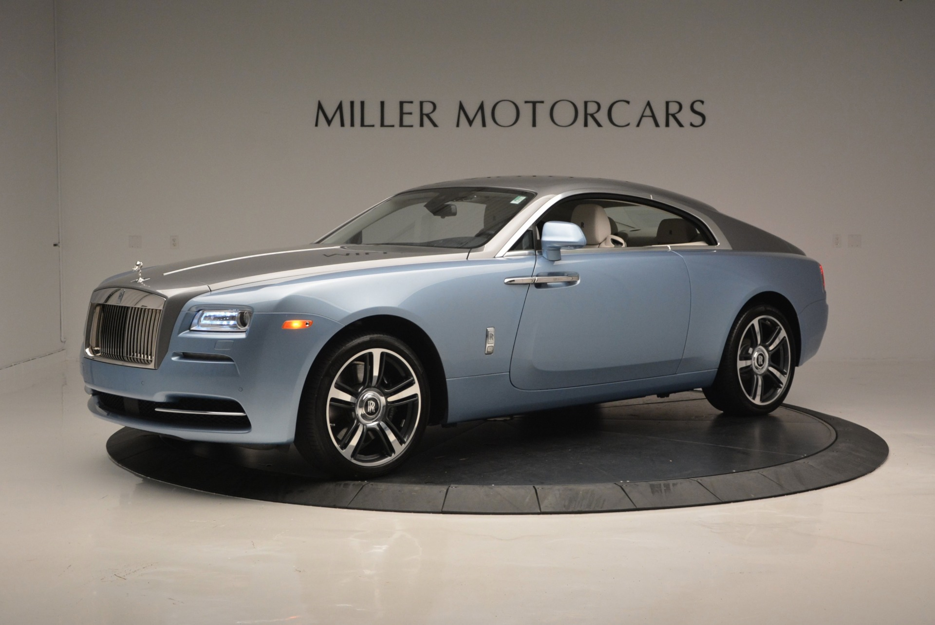 Used 2015 Rolls-Royce Wraith  For Sale In Greenwich, CT 563_p2