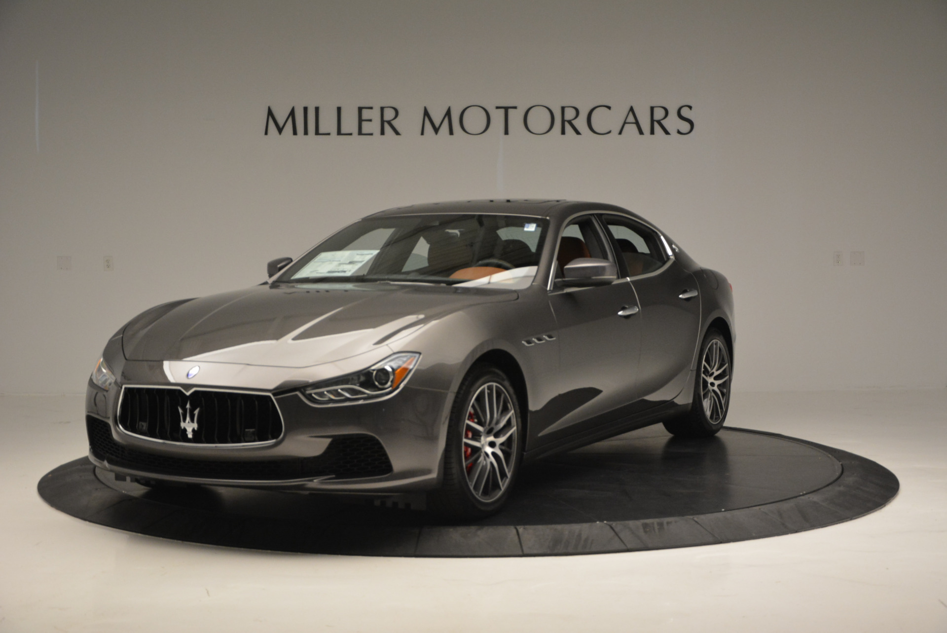 Used 2017 Maserati Ghibli S Q4  EX-LOANER For Sale In Greenwich, CT 565_main