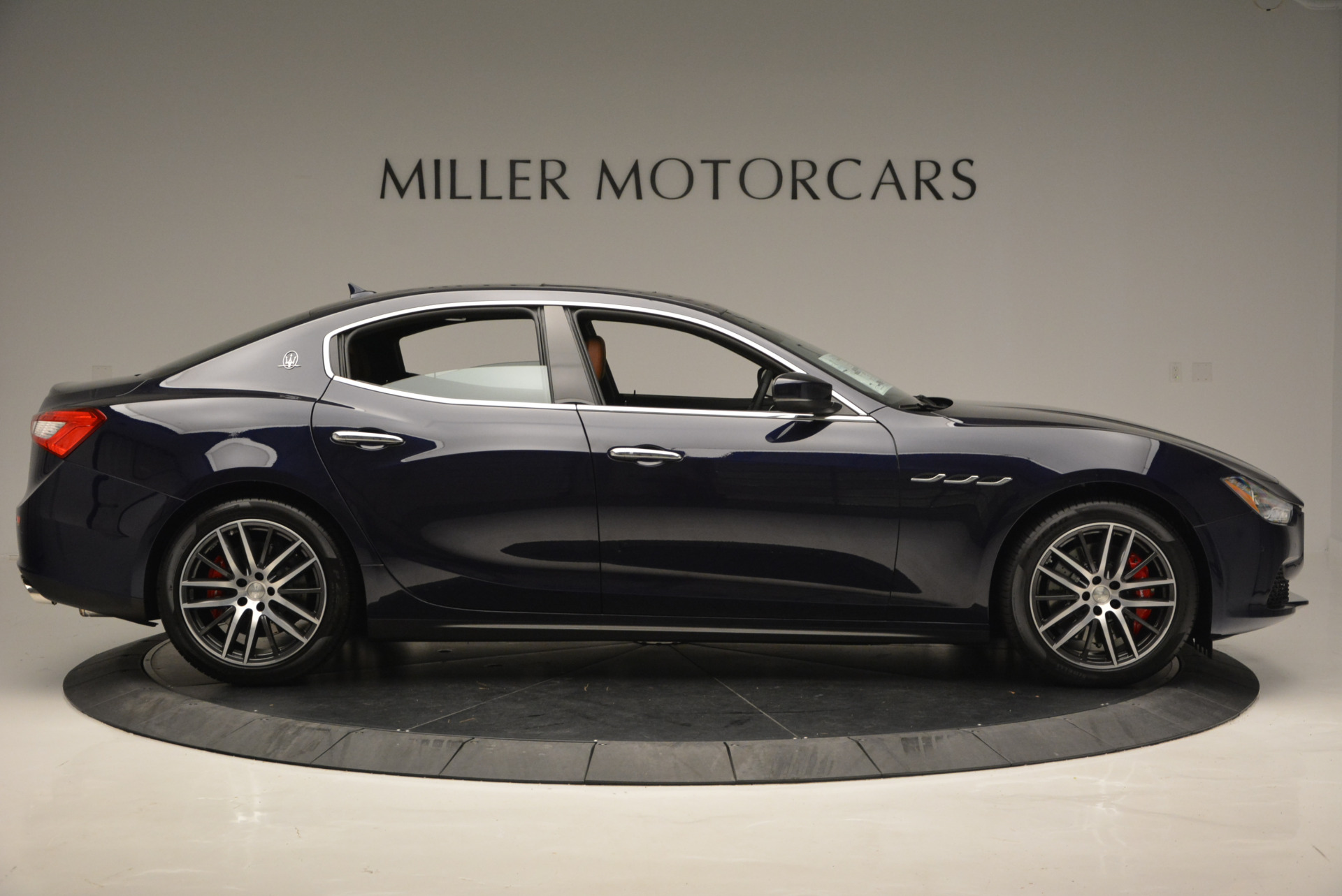 Used 2017 Maserati Ghibli S Q4 - EX Loaner For Sale In Greenwich, CT 568_p9