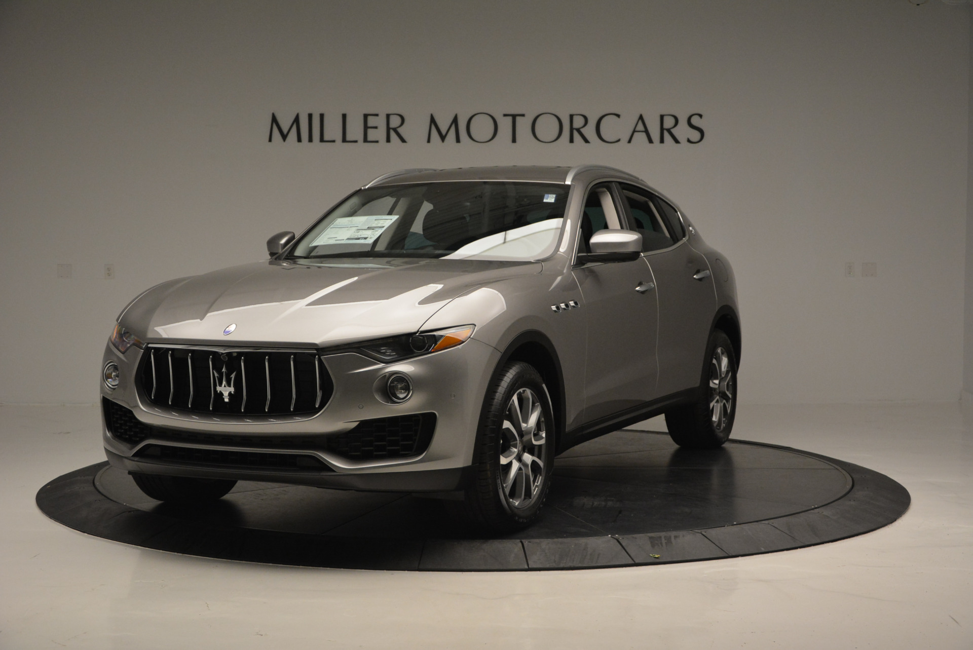 New 2017 Maserati Levante 350hp For Sale In Greenwich, CT 582_main