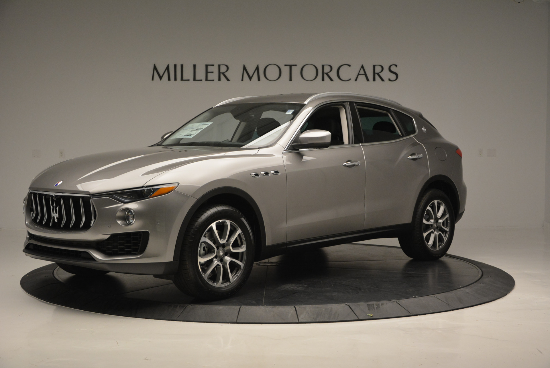 New 2017 Maserati Levante 350hp For Sale In Greenwich, CT 582_p2