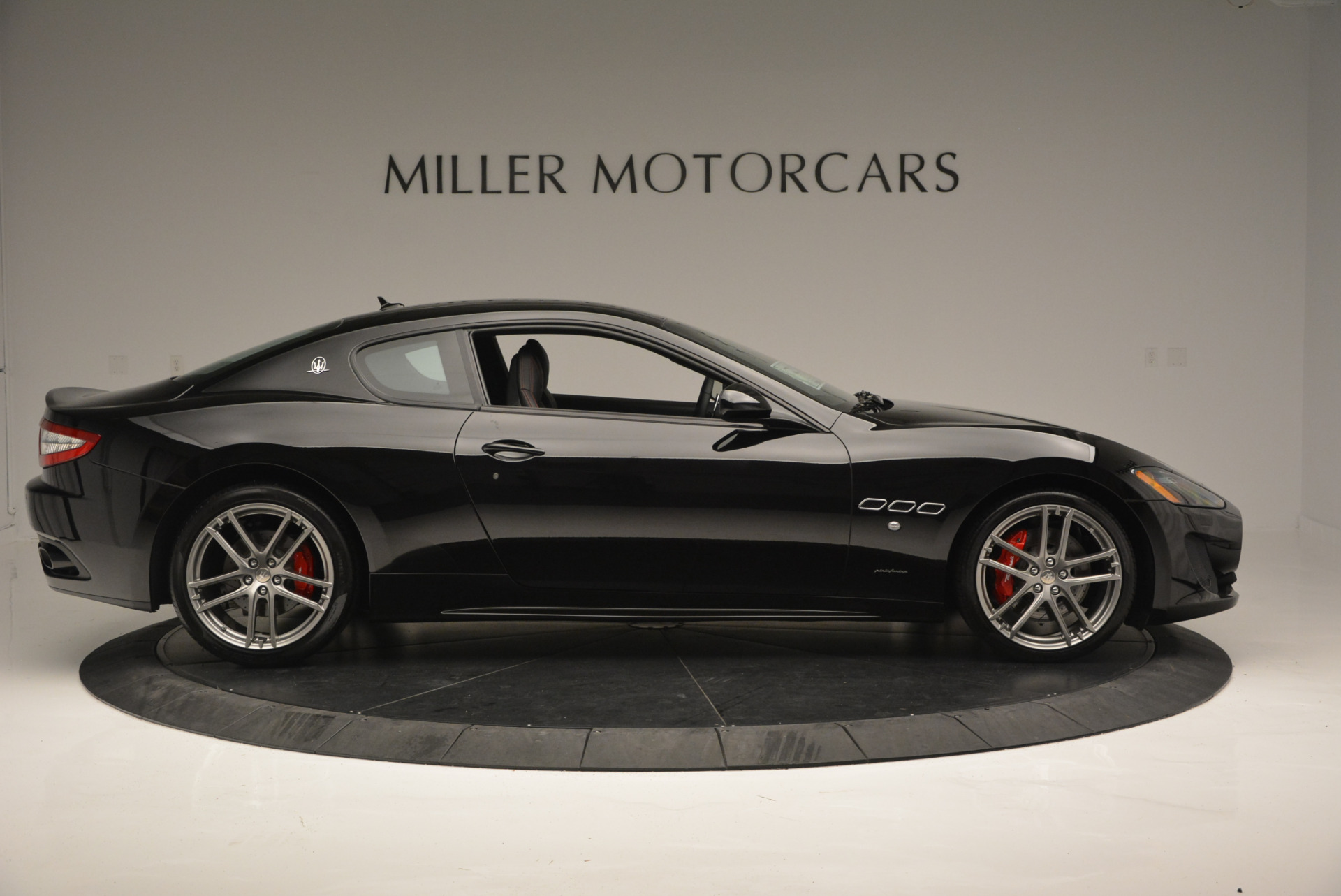 New 2016 Maserati GranTurismo Sport For Sale In Greenwich, CT 592_p9