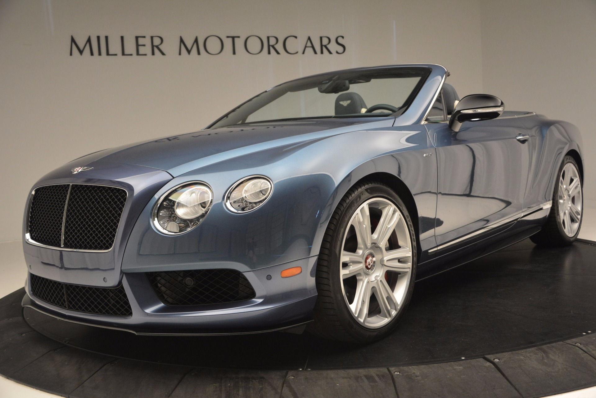 Used 2014 Bentley Continental GT V8 S Convertible  For Sale In Greenwich, CT 600_p24