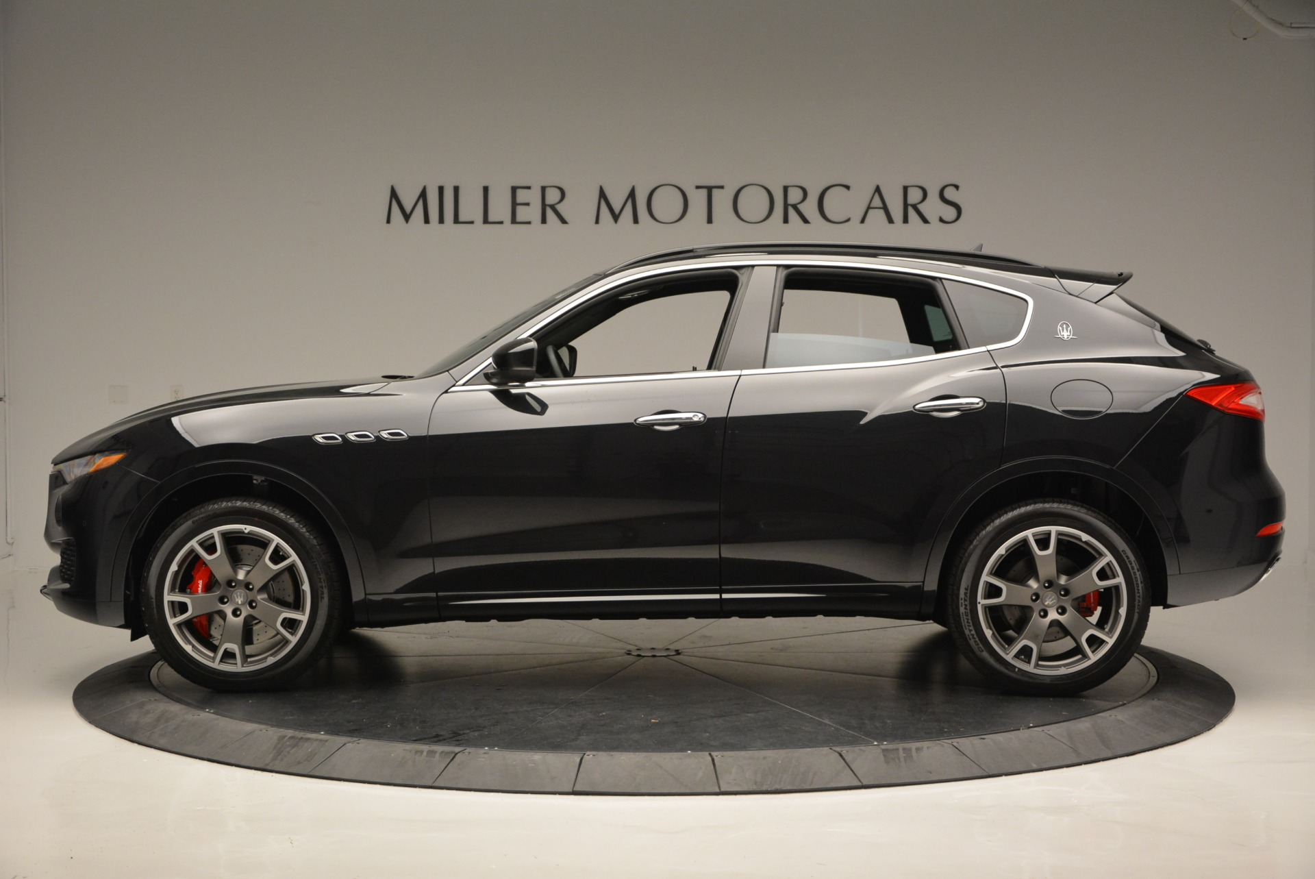 New 2017 Maserati Levante  For Sale In Greenwich, CT 602_p3