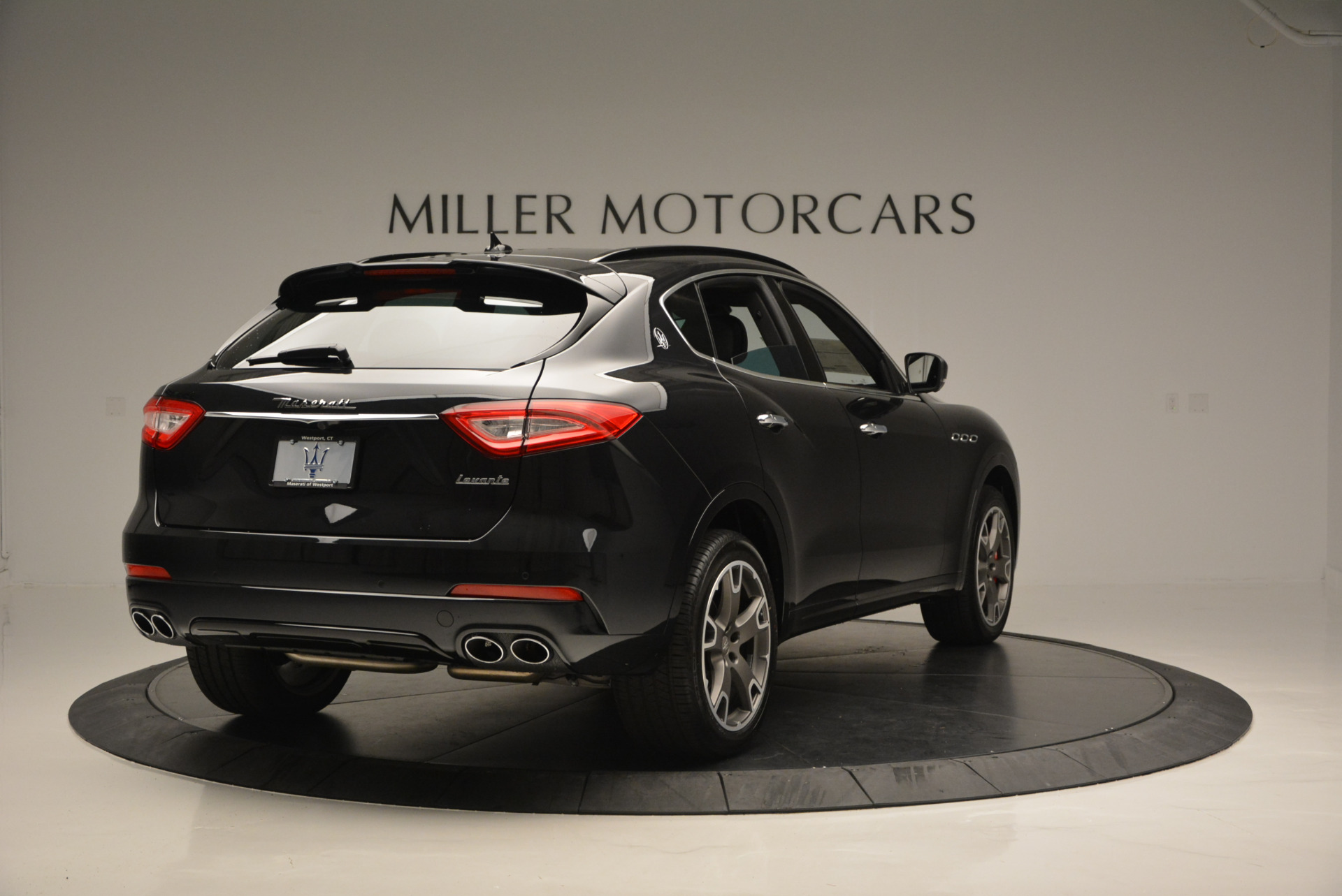 New 2017 Maserati Levante  For Sale In Greenwich, CT 609_p7