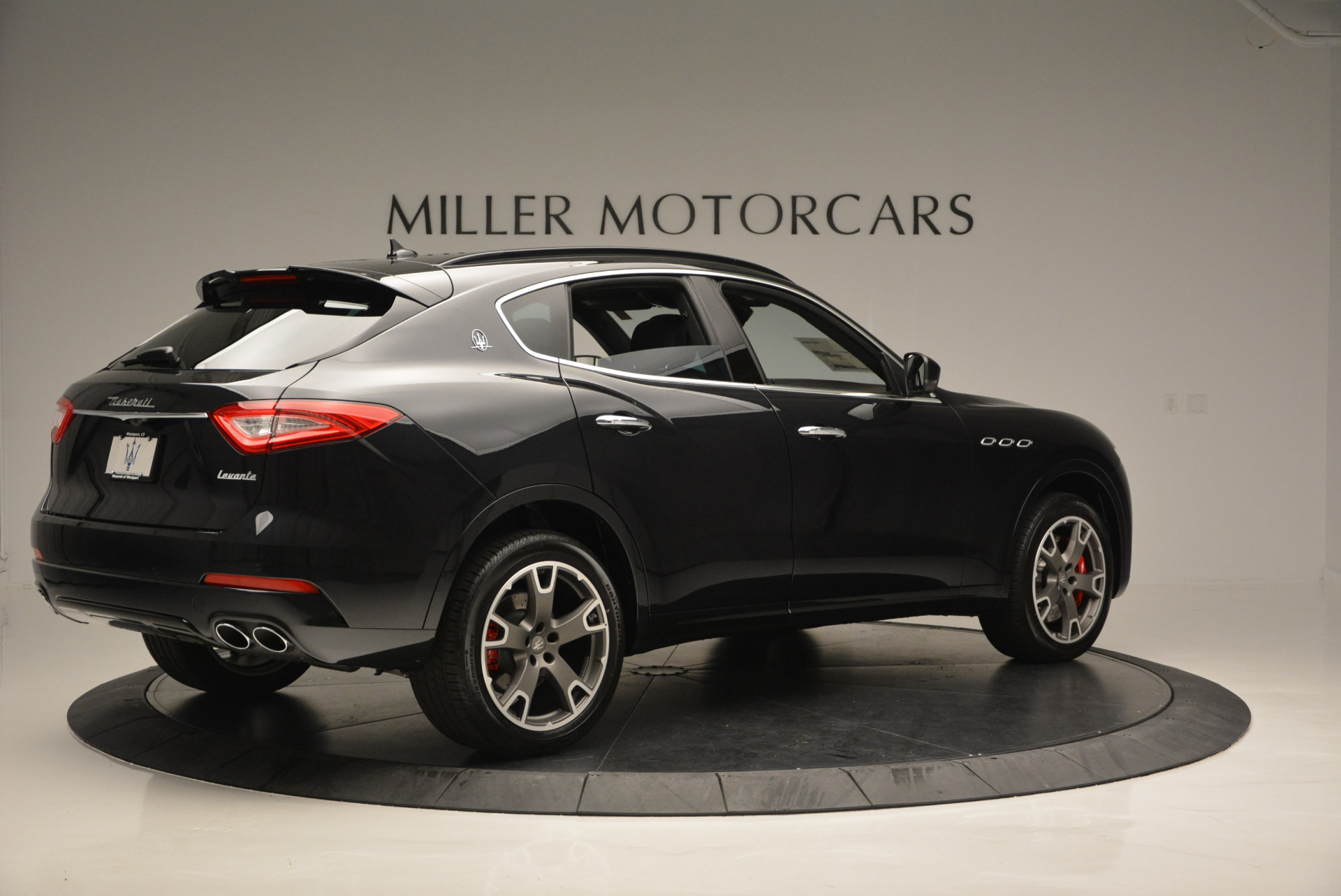 New 2017 Maserati Levante  For Sale In Greenwich, CT 609_p8