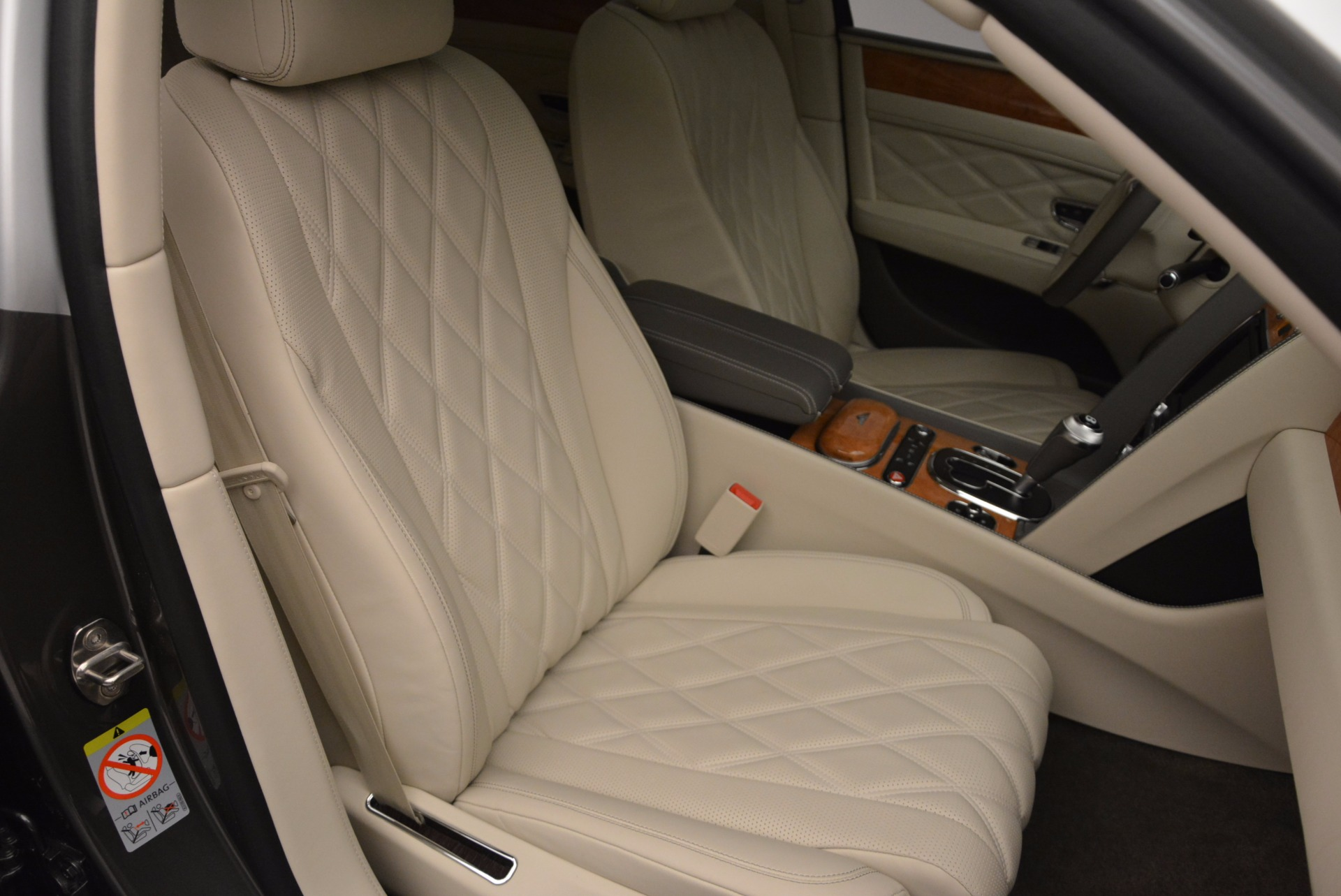 Used 2016 Bentley Flying Spur W12  For Sale In Greenwich, CT 617_p20