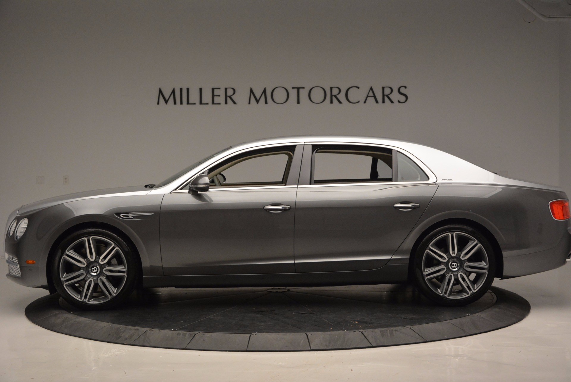 Used 2016 Bentley Flying Spur W12  For Sale In Greenwich, CT 617_p3