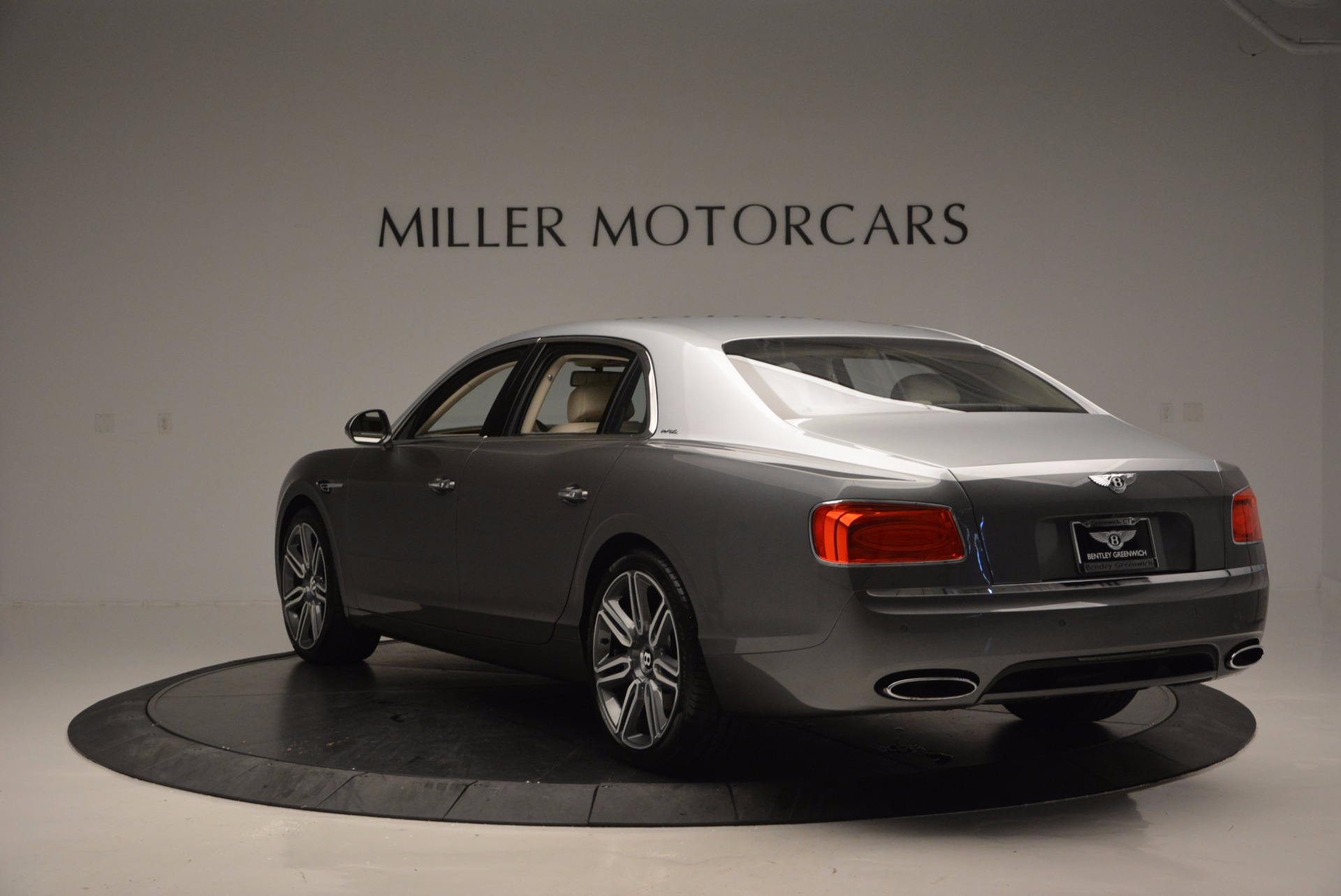 Used 2016 Bentley Flying Spur W12  For Sale In Greenwich, CT 617_p5