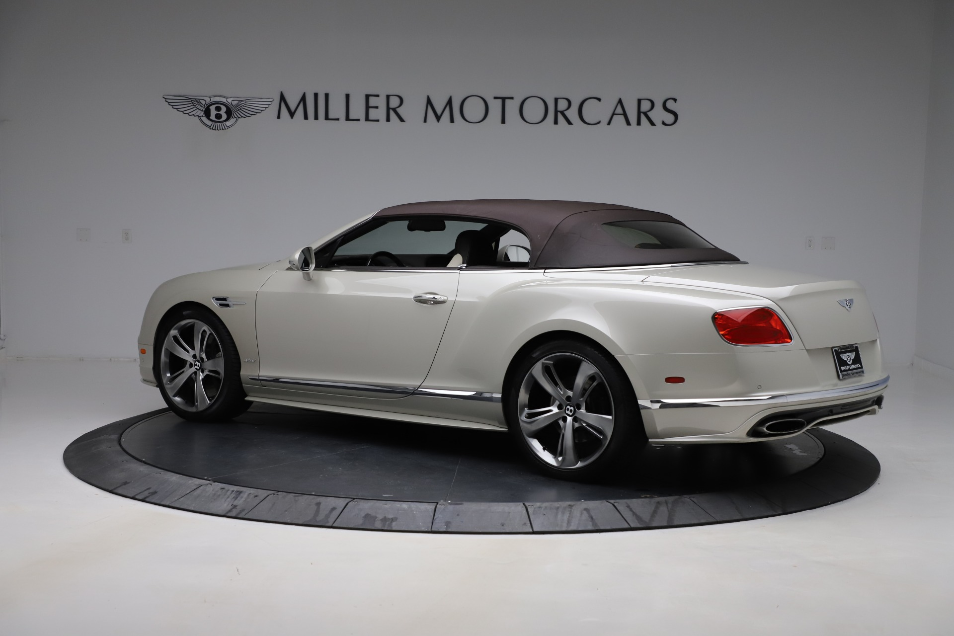 Used 2016 Bentley Continental GT Speed Convertible  For Sale In Greenwich, CT 619_p16