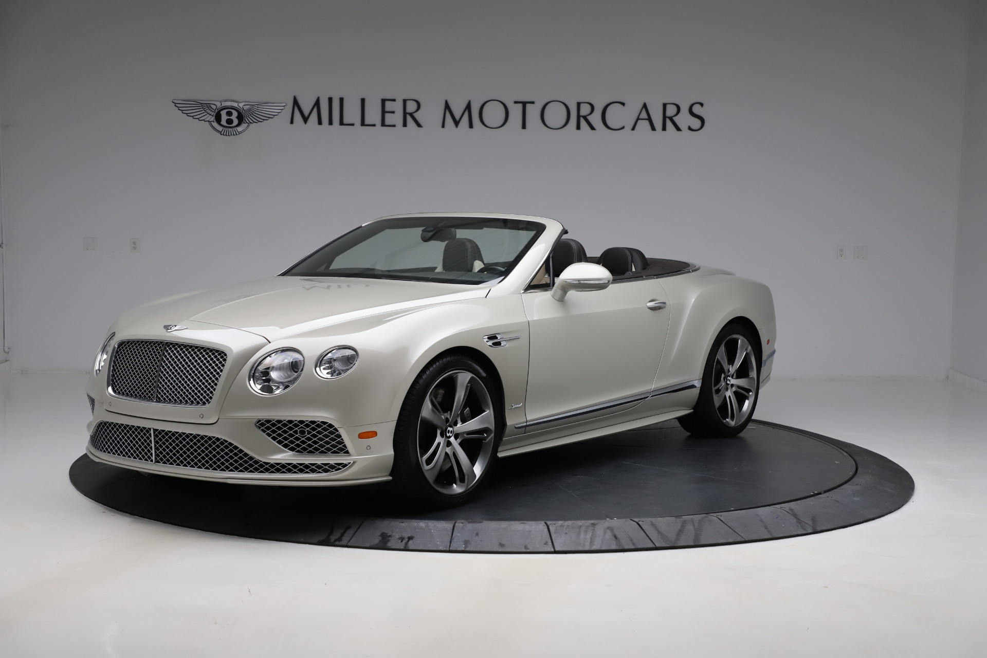 Used 2016 Bentley Continental GT Speed Convertible  For Sale In Greenwich, CT 619_p2