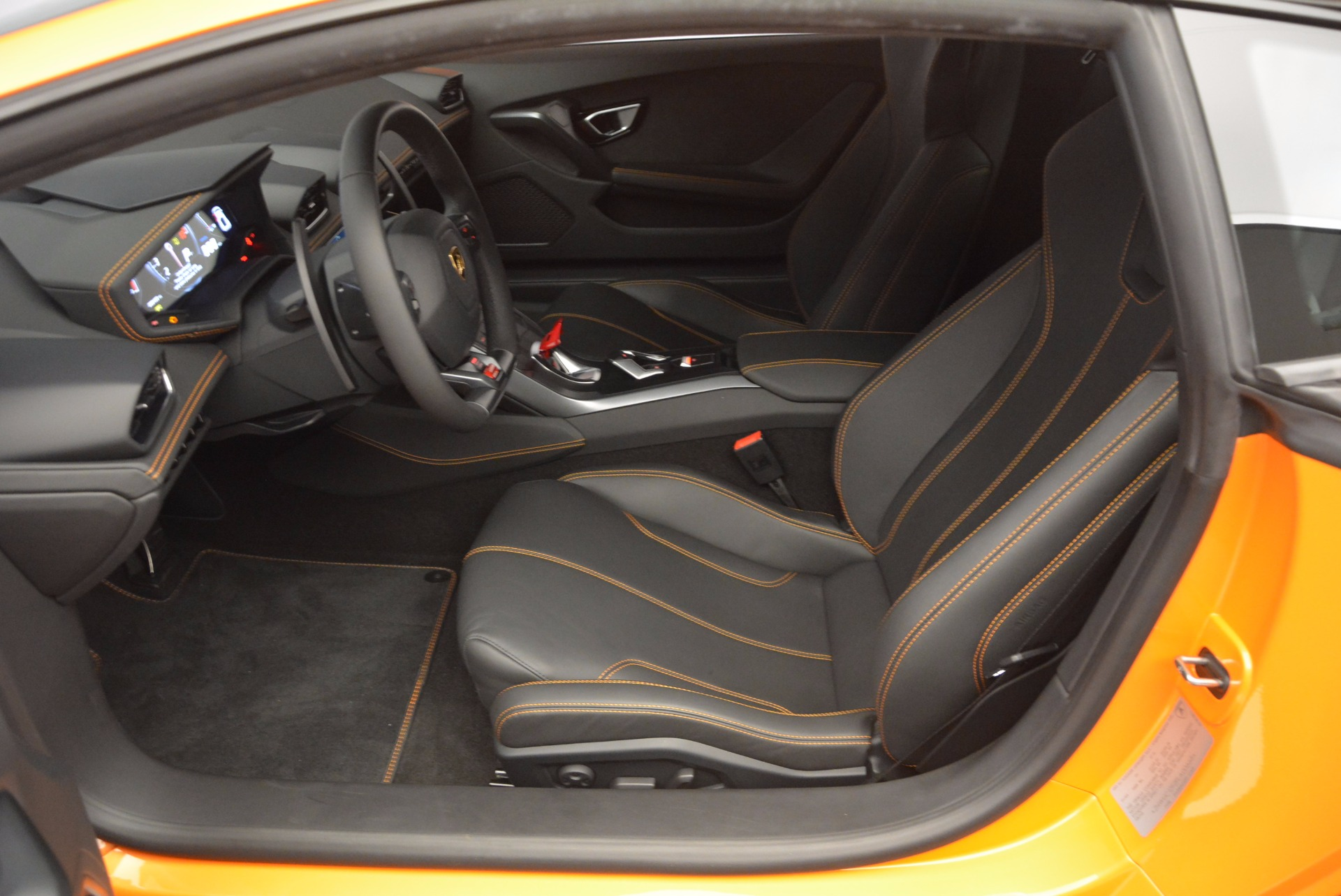 Used 2015 Lamborghini Huracan LP 610-4 For Sale In Greenwich, CT 621_p14