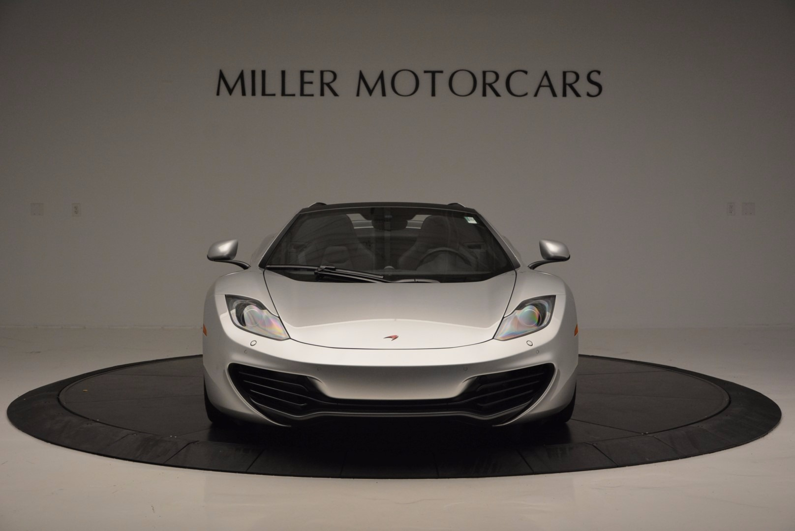 Used 2014 McLaren MP4-12C Spider  For Sale In Greenwich, CT 627_p12
