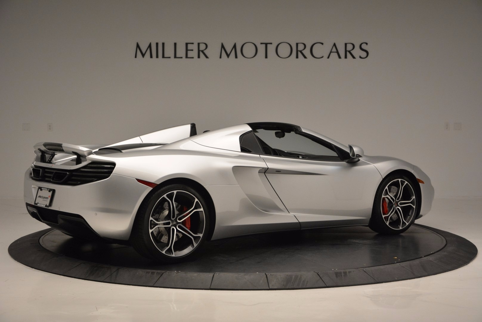 Used 2014 McLaren MP4-12C Spider  For Sale In Greenwich, CT 627_p8