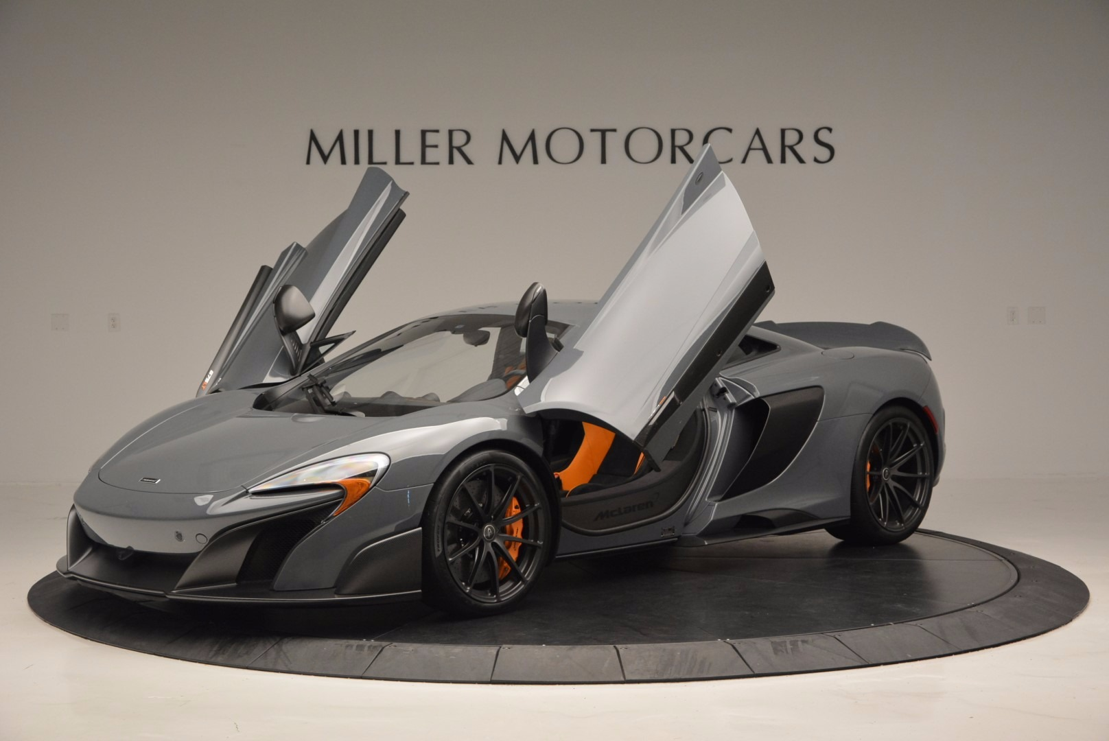 Used 2016 McLaren 675LT  For Sale In Greenwich, CT 628_p14