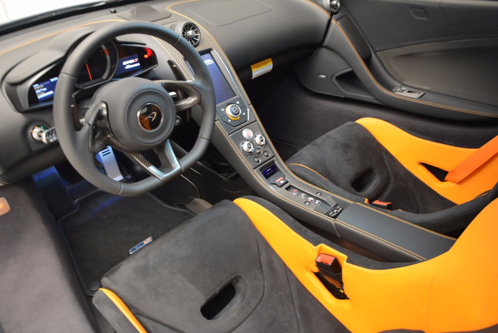 Used 2016 McLaren 675LT  For Sale In Greenwich, CT 628_p16