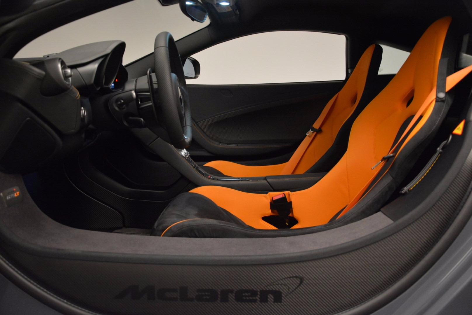 Used 2016 McLaren 675LT  For Sale In Greenwich, CT 628_p17