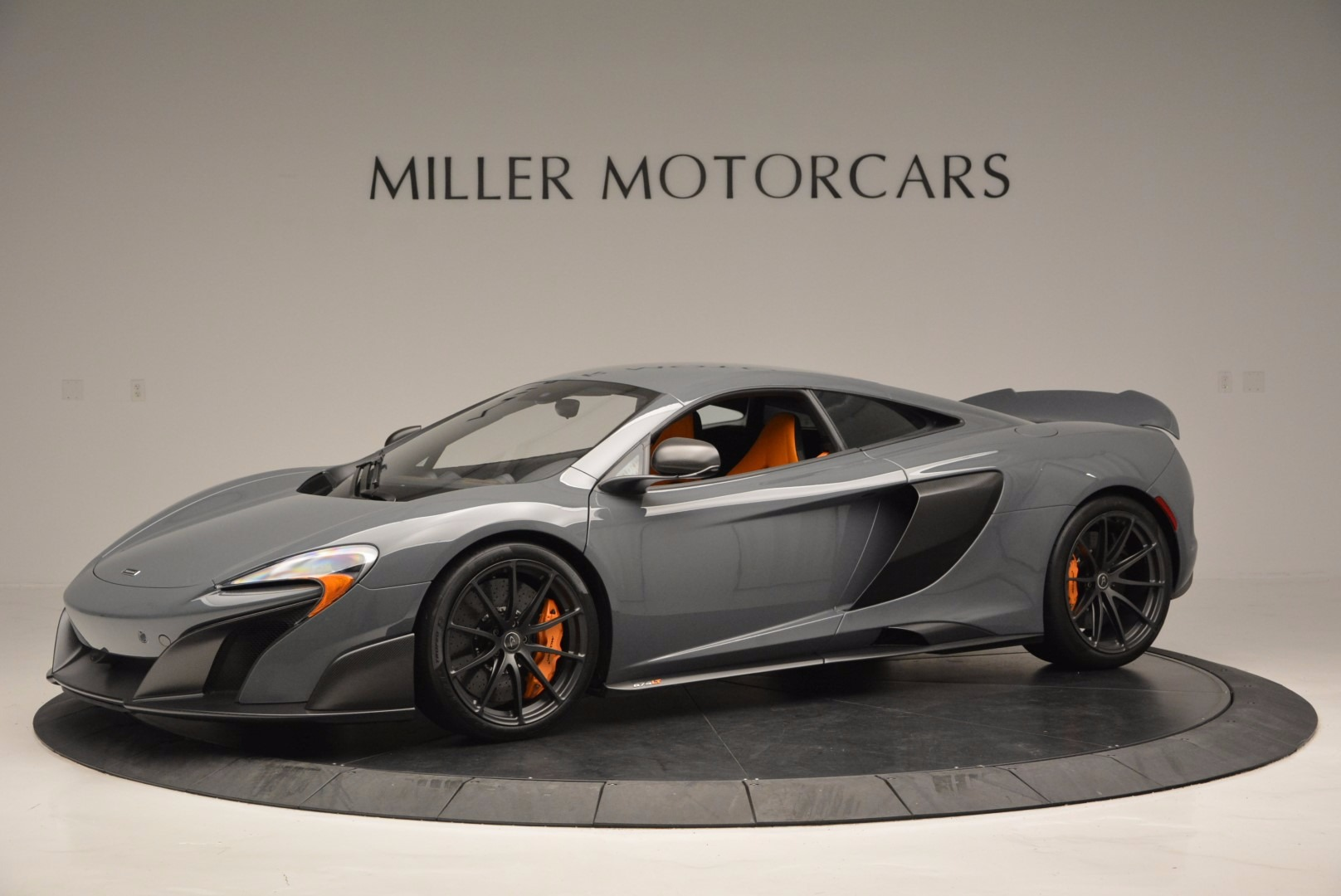 Used 2016 McLaren 675LT  For Sale In Greenwich, CT 628_p2