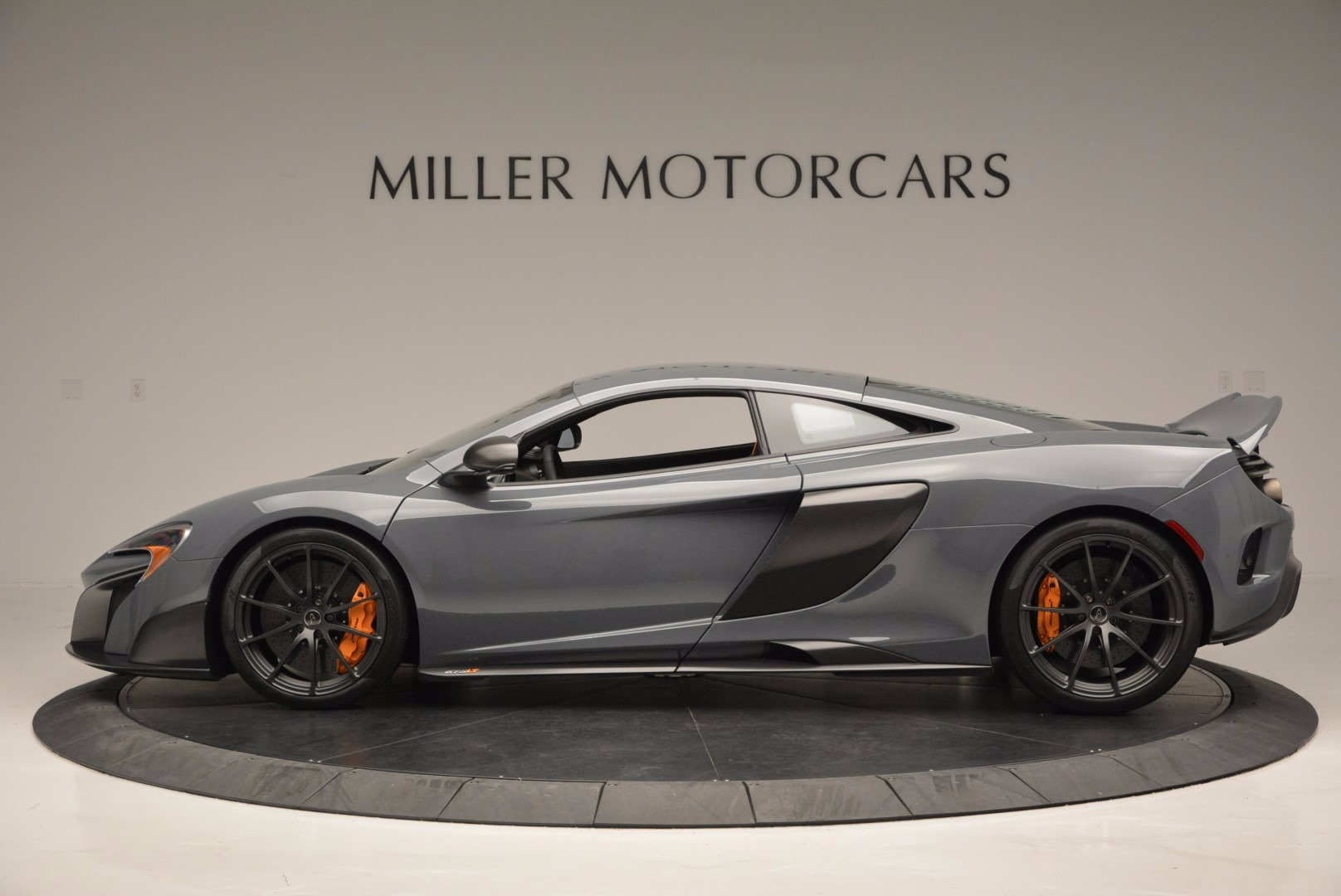 Used 2016 McLaren 675LT  For Sale In Greenwich, CT 628_p3