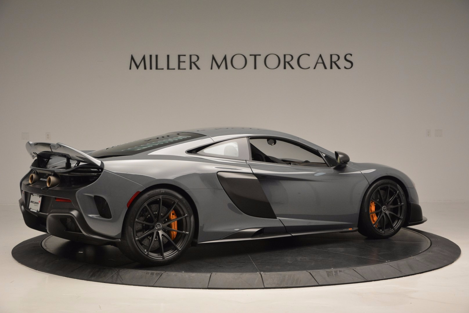 Used 2016 McLaren 675LT  For Sale In Greenwich, CT 628_p8