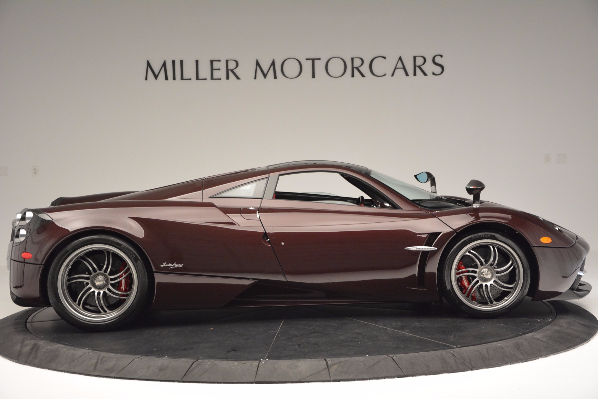 Used 2014 Pagani Huyara  For Sale In Greenwich, CT 633_p8