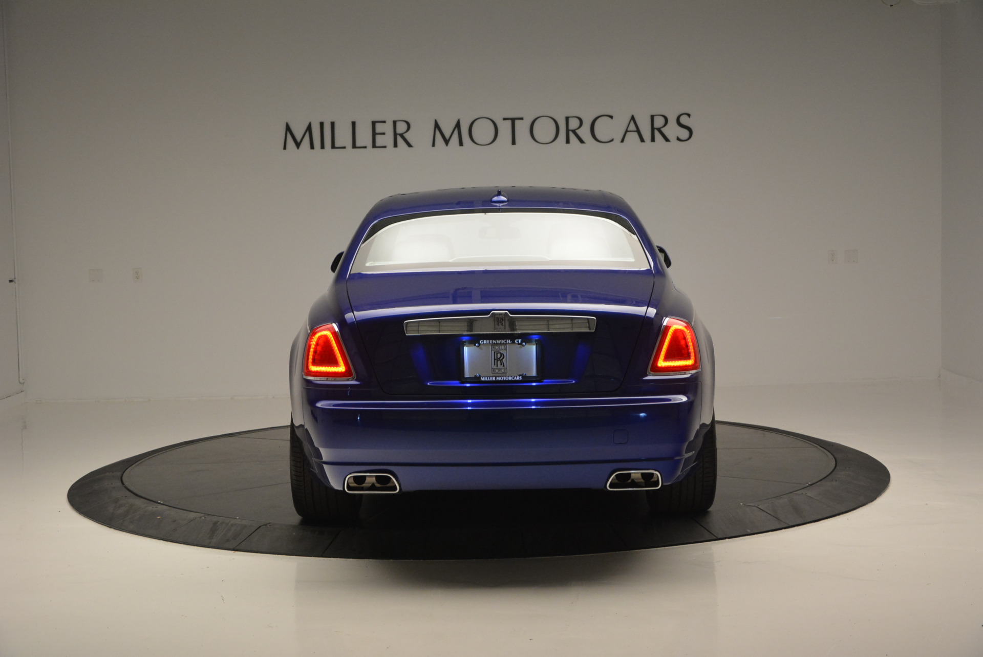 Used 2016 ROLLS-ROYCE GHOST SERIES II  For Sale In Greenwich, CT 634_p7