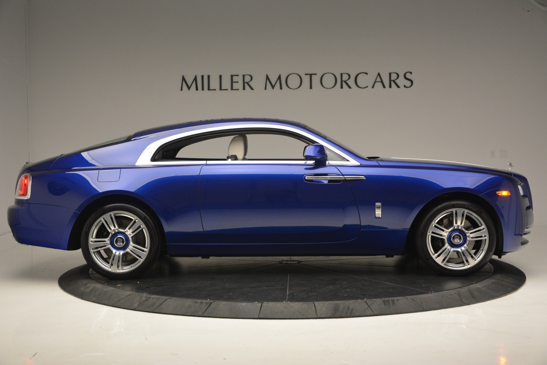 Used 2016 Rolls-Royce Wraith  For Sale In Greenwich, CT 635_p10
