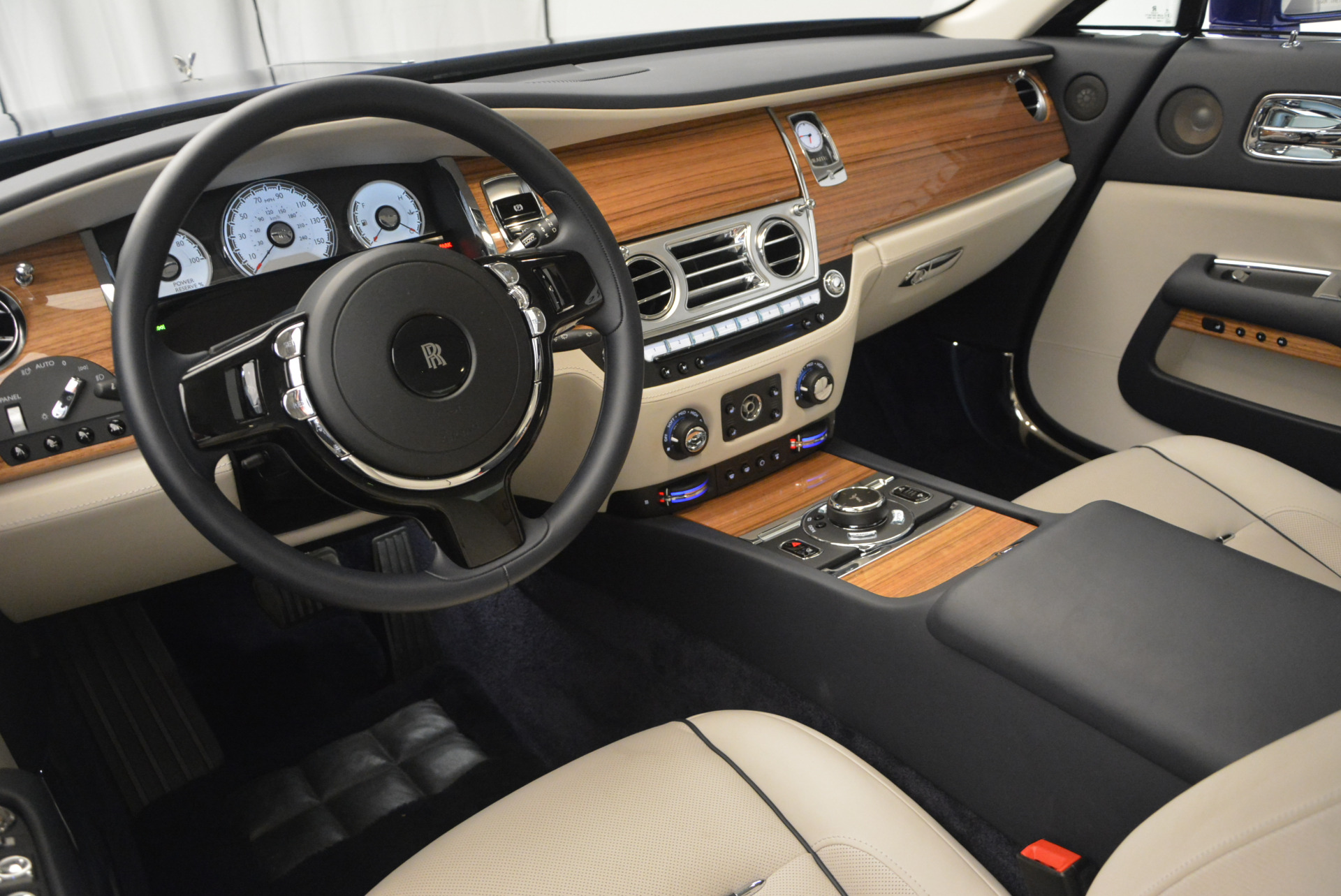 Used 2016 Rolls-Royce Wraith  For Sale In Greenwich, CT 635_p21