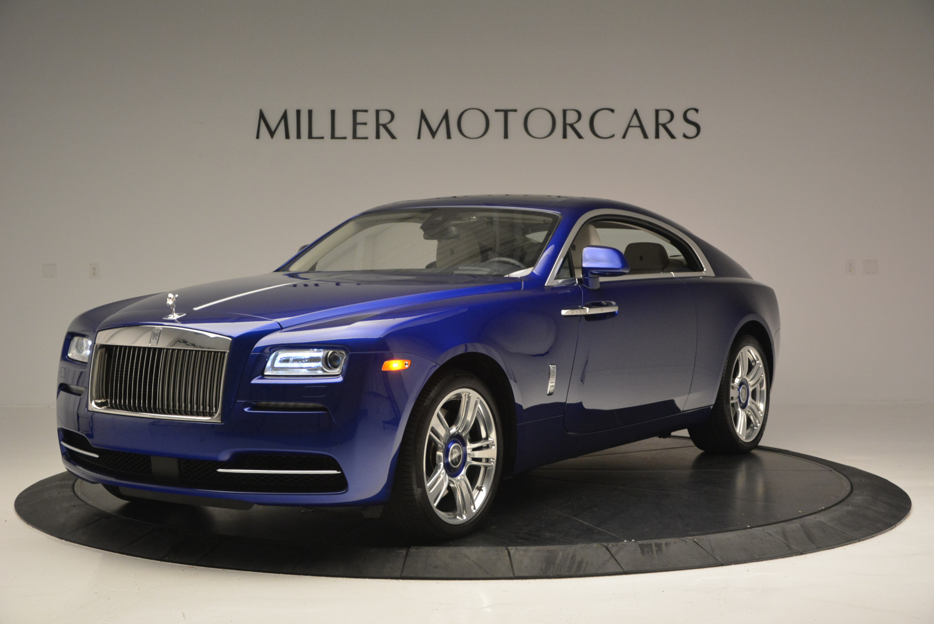 Used 2016 Rolls-Royce Wraith  For Sale In Greenwich, CT 635_p2