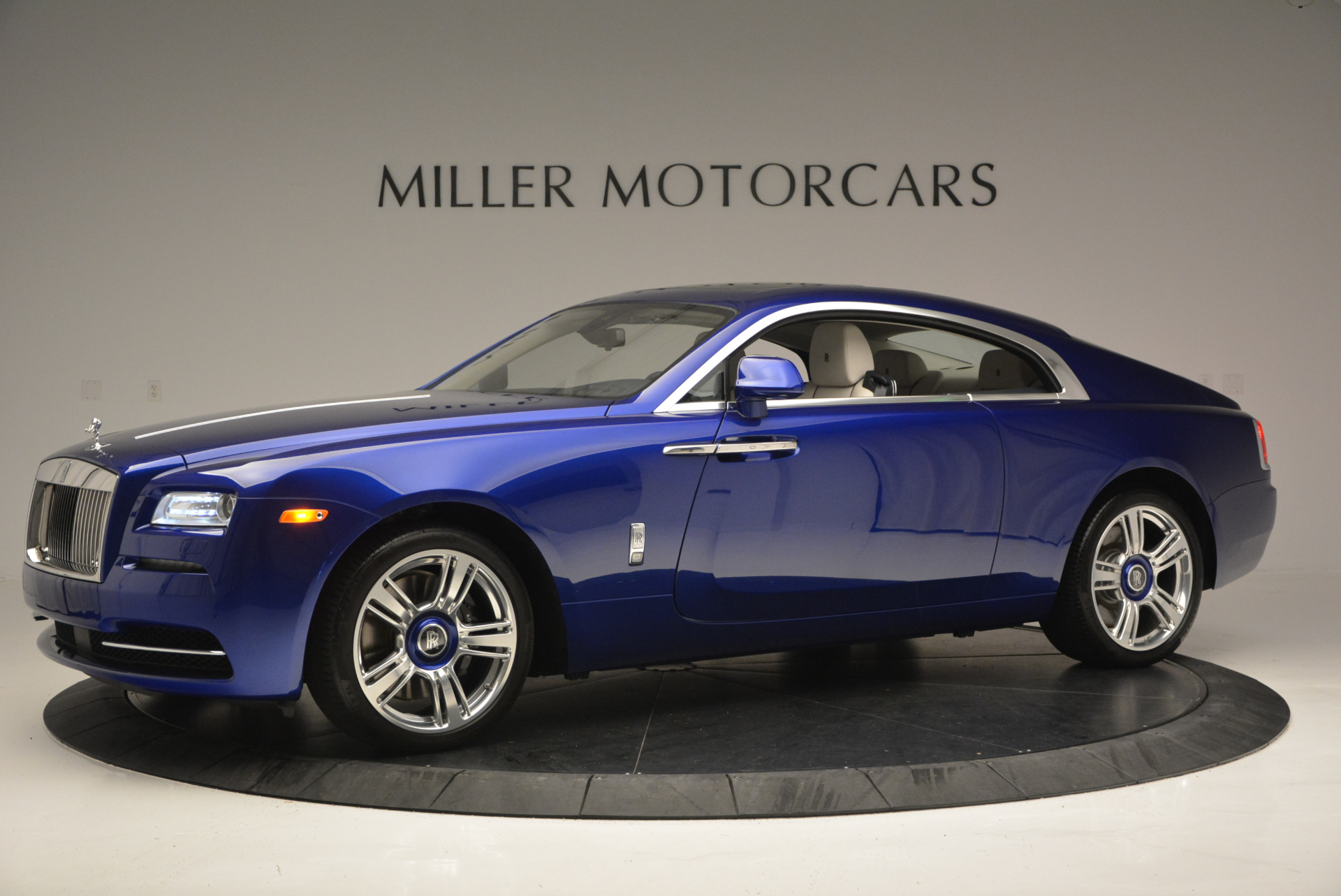 Used 2016 Rolls-Royce Wraith  For Sale In Greenwich, CT 635_p3