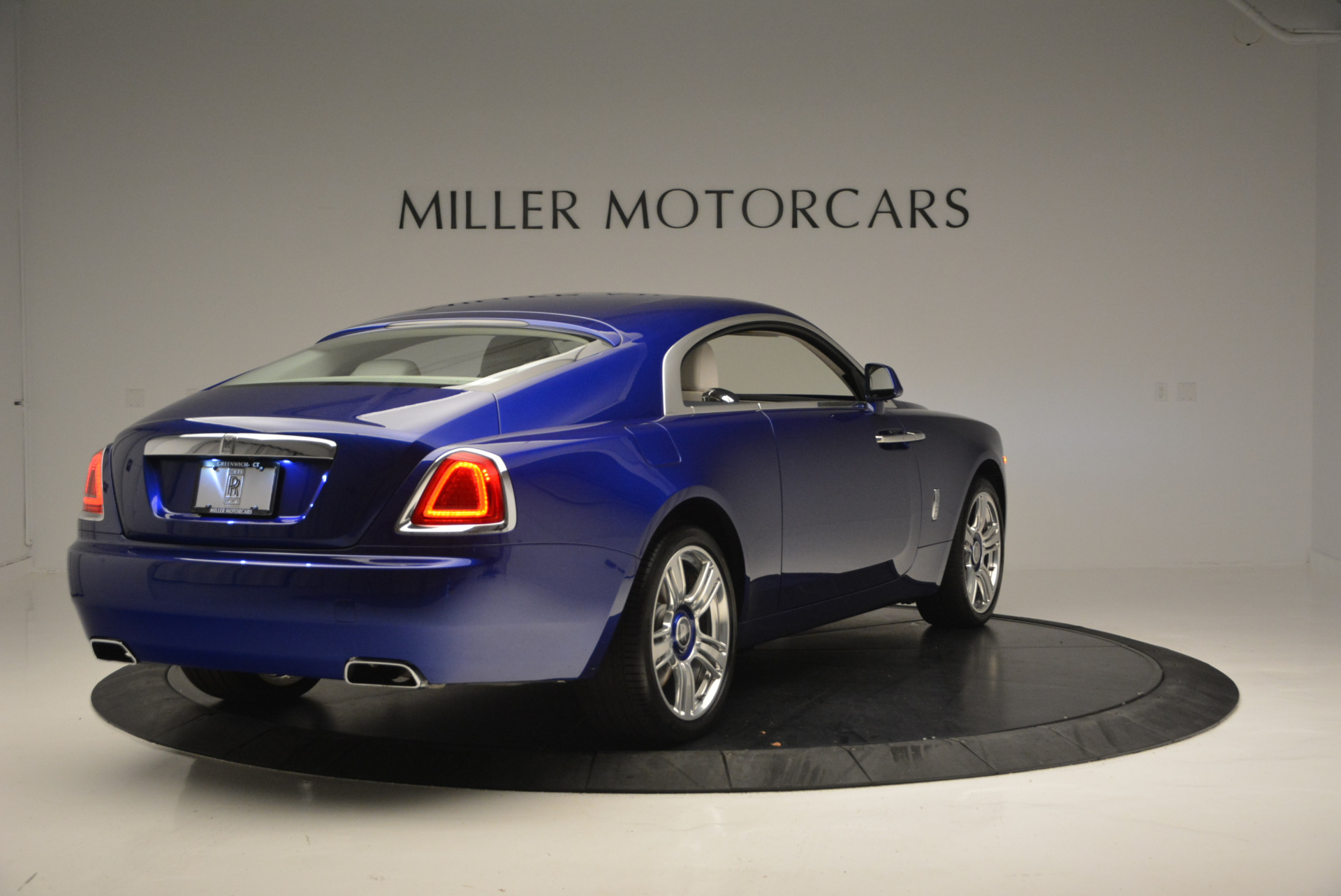 Used 2016 Rolls-Royce Wraith  For Sale In Greenwich, CT 635_p8