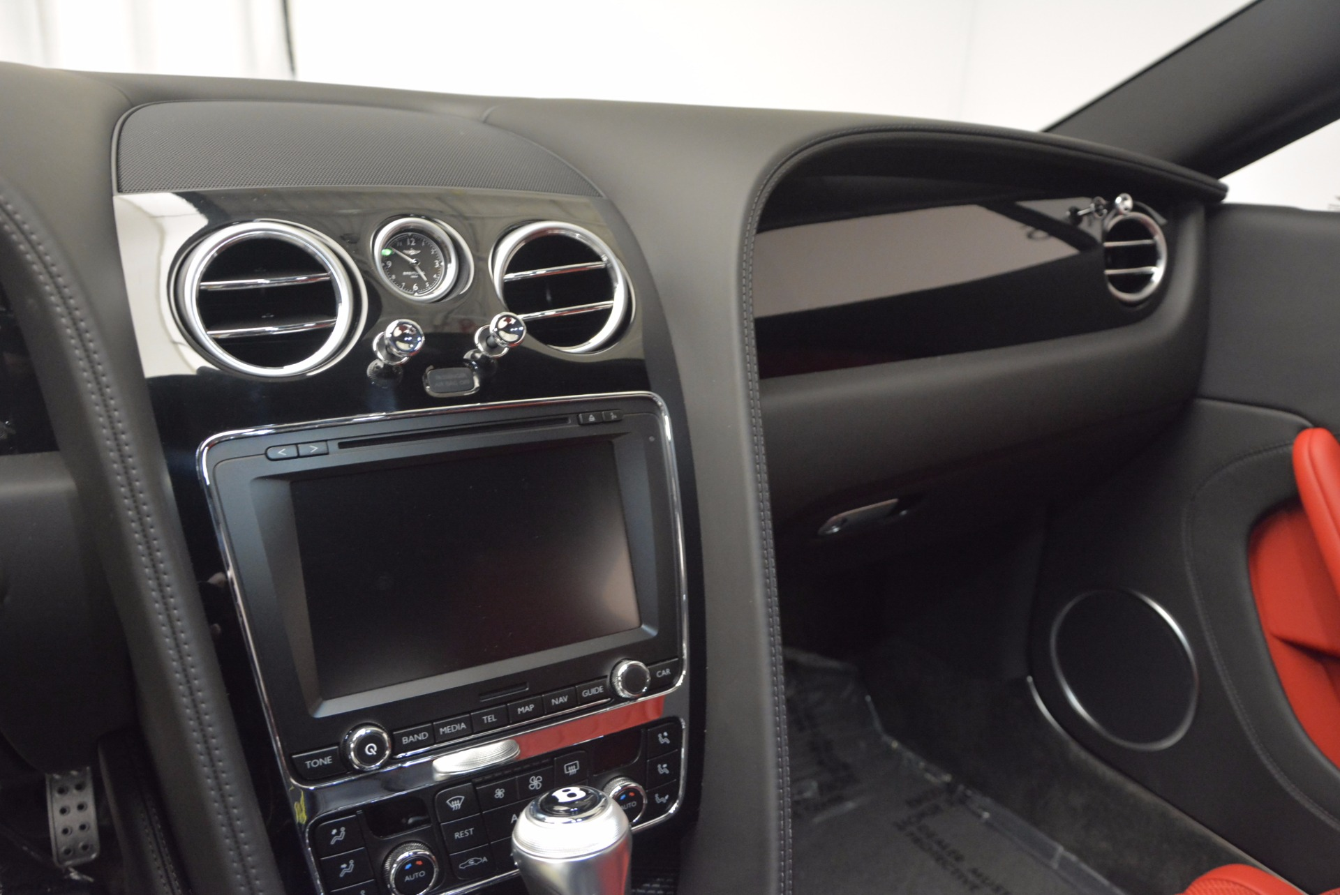 New 2017 Bentley Continental GT V8 S  For Sale In Greenwich, CT 637_p17