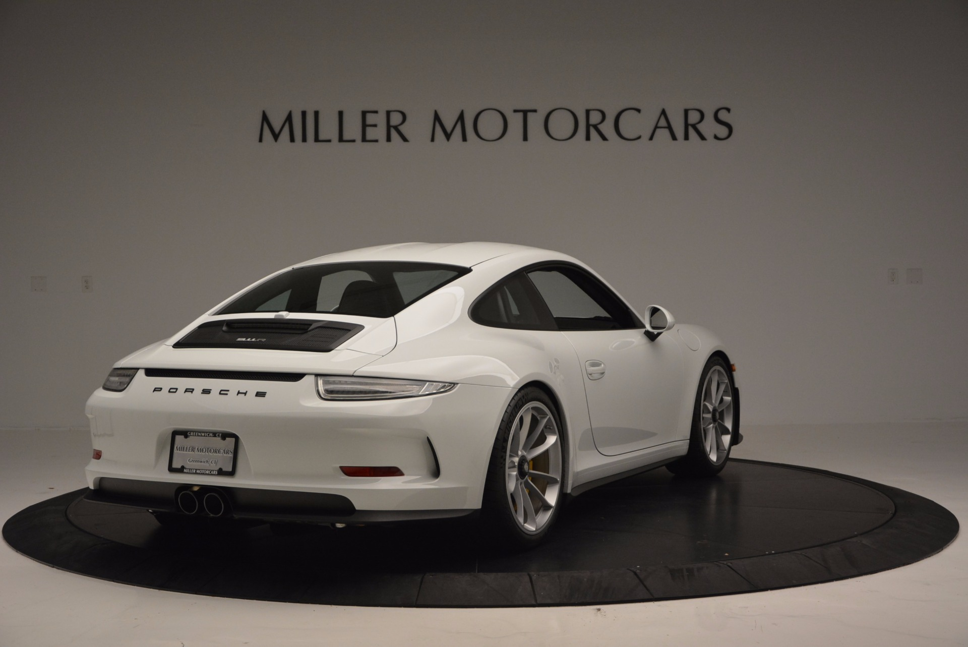 Used 2016 Porsche 911 R  For Sale In Greenwich, CT 643_p7