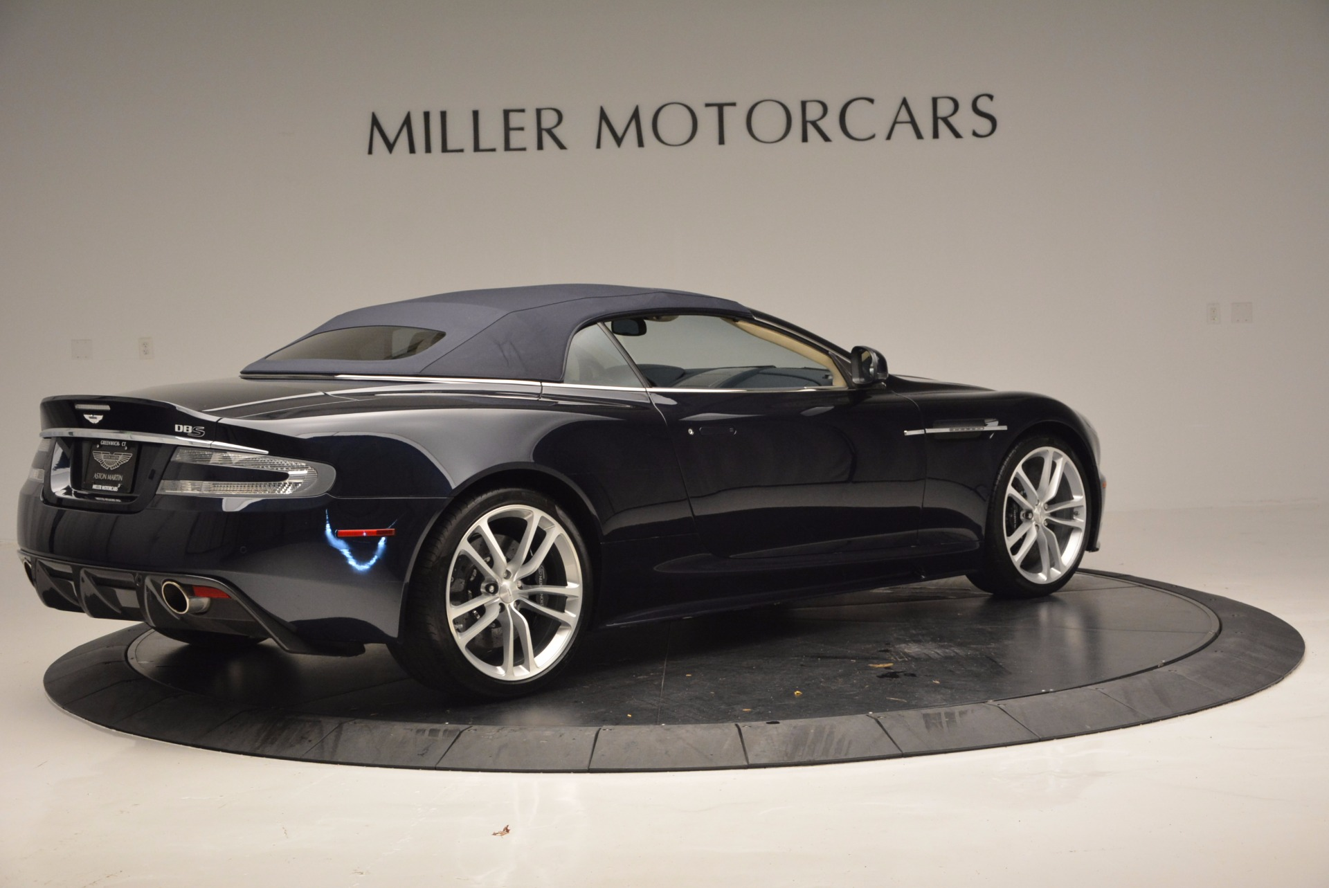 Used 2012 Aston Martin DBS Volante For Sale In Greenwich, CT 644_p20