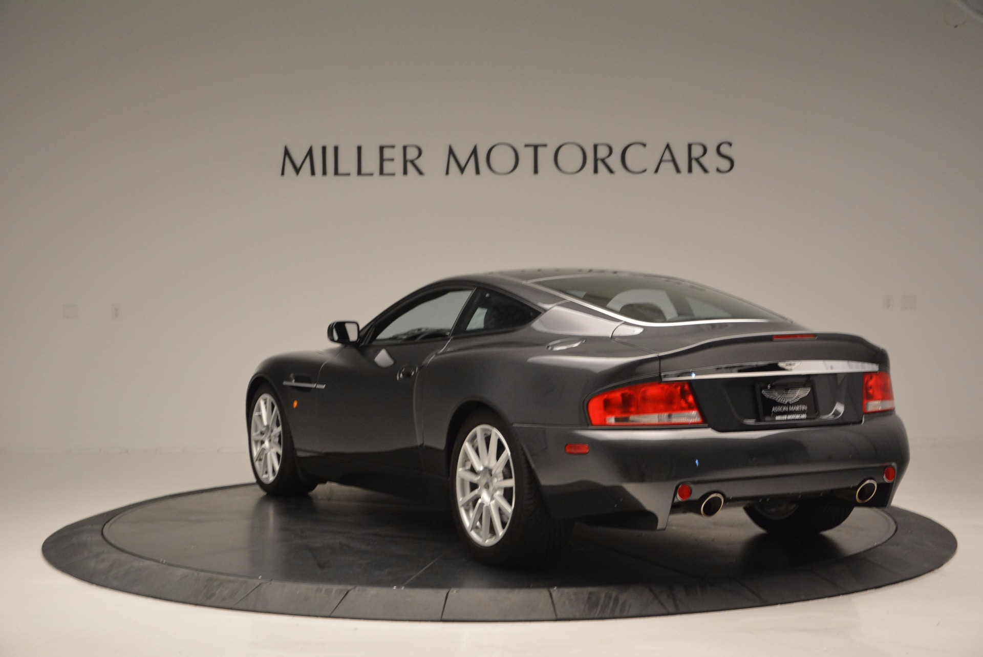 Used 2005 Aston Martin V12 Vanquish S For Sale In Greenwich, CT 645_p5