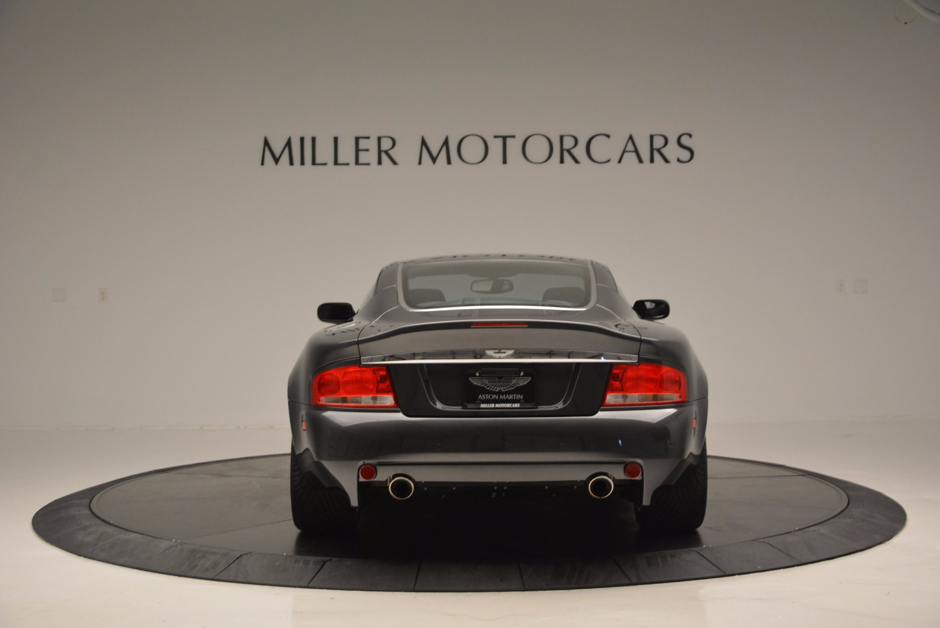 Used 2005 Aston Martin V12 Vanquish S For Sale In Greenwich, CT 645_p6