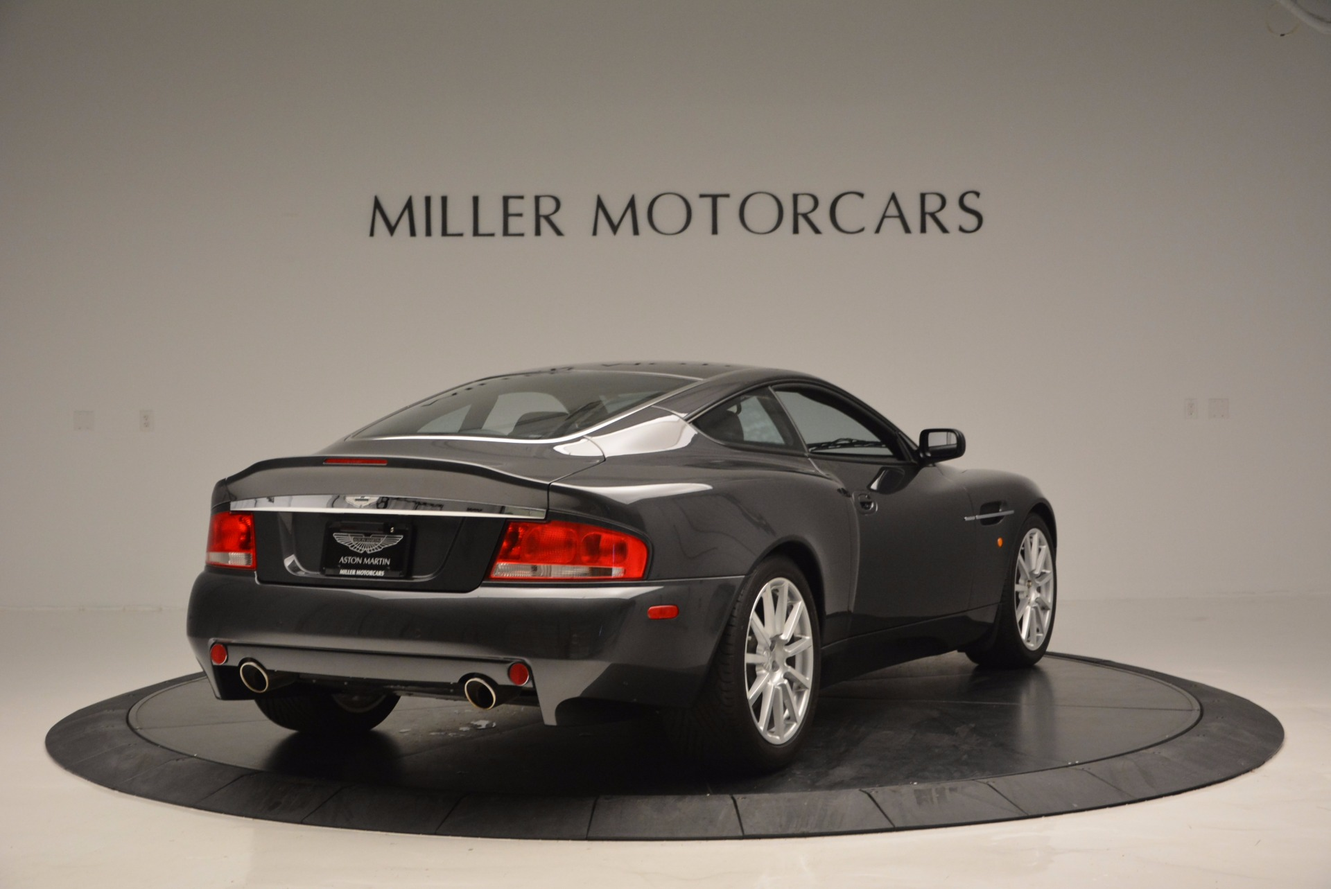 Used 2005 Aston Martin V12 Vanquish S For Sale In Greenwich, CT 645_p7