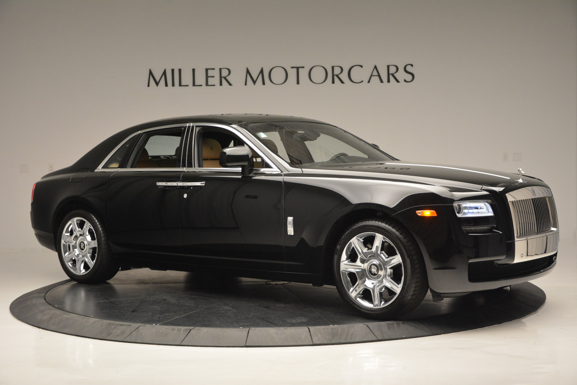 Used 2011 Rolls-Royce Ghost  For Sale In Greenwich, CT 648_p11
