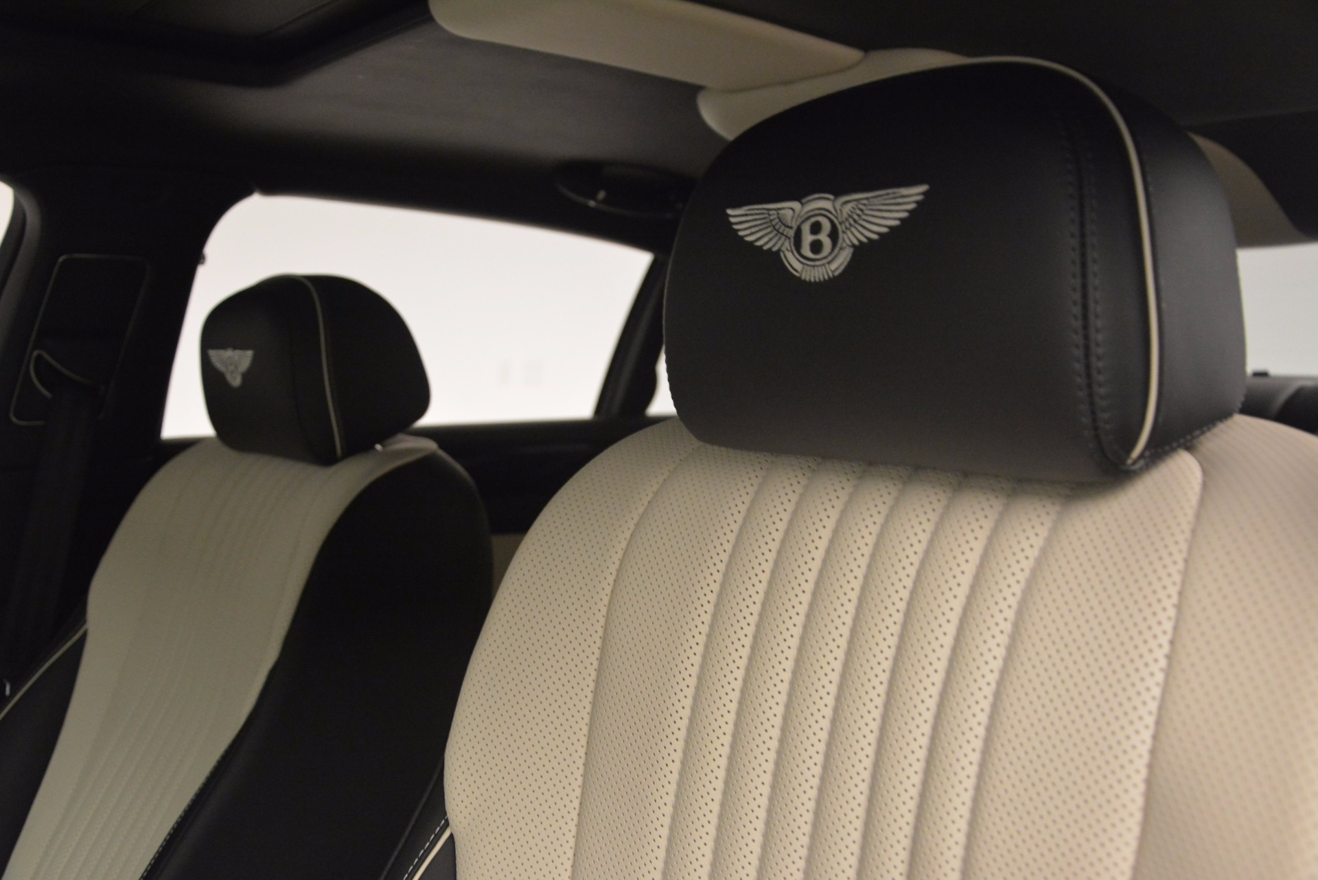 New 2017 Bentley Flying Spur V8 S  For Sale In Greenwich, CT 651_p16