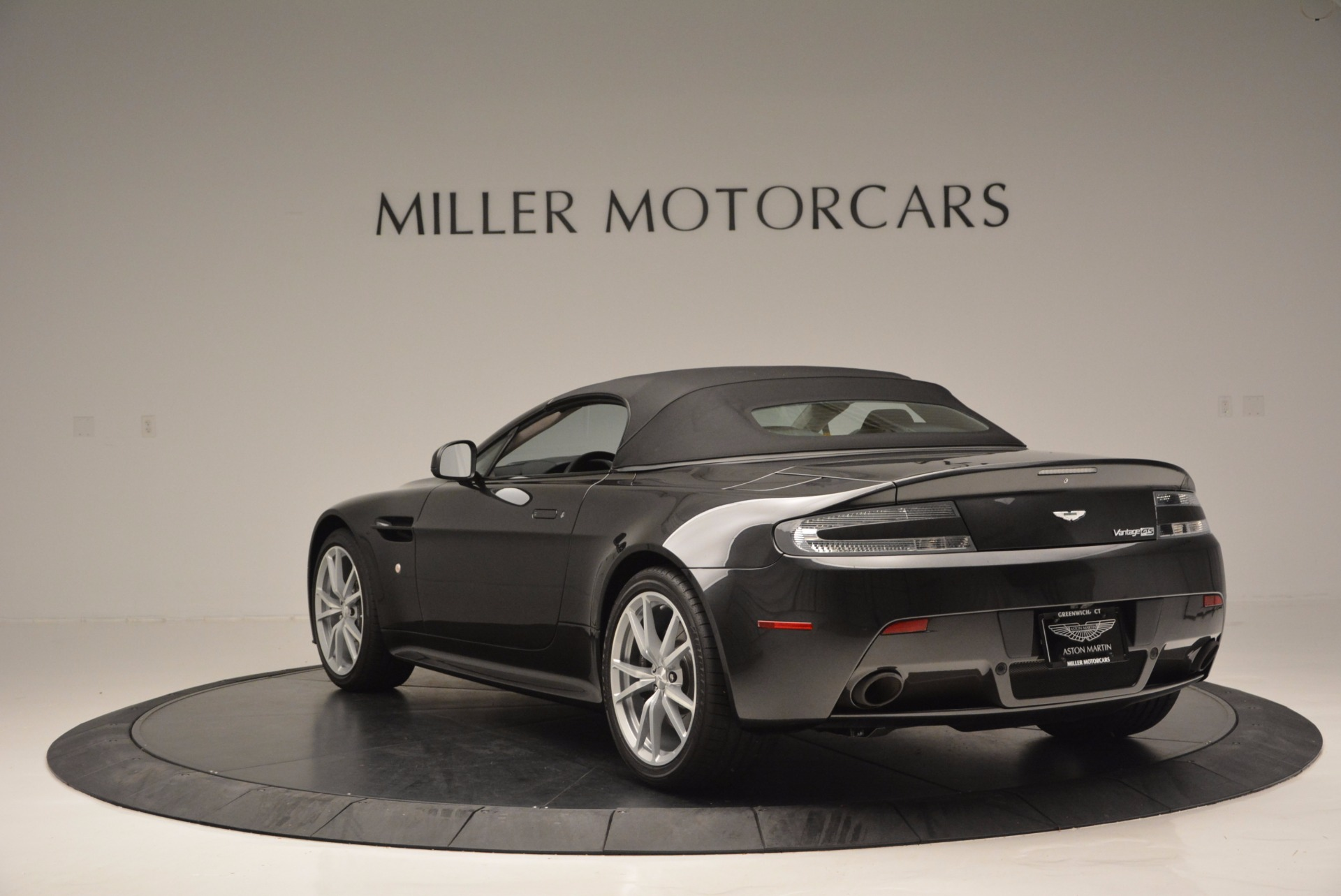 Used 2016 Aston Martin V8 Vantage S Roadster For Sale In Greenwich, CT 652_p17